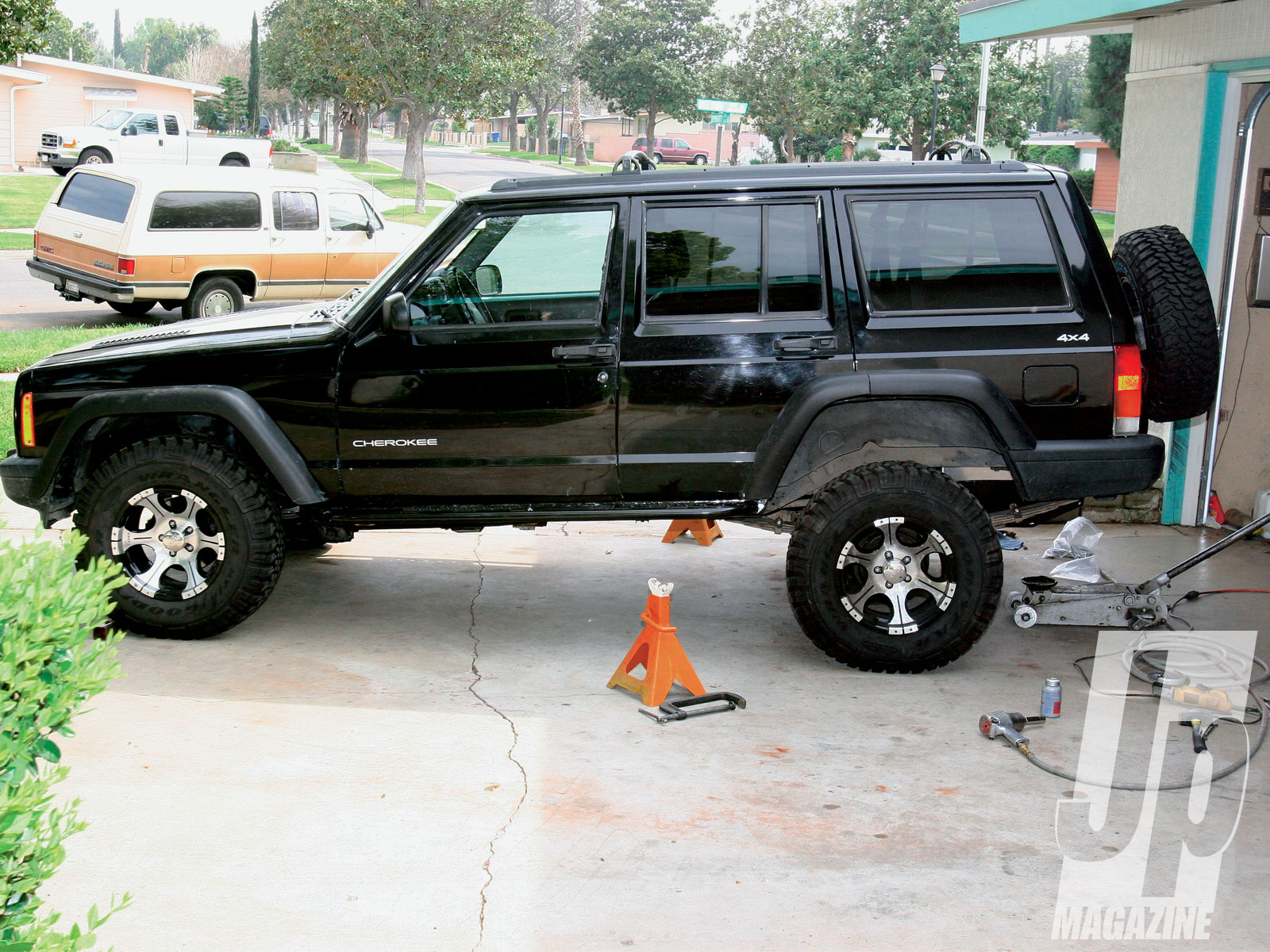 154 1101 01 o+131 1101 boneyard budget boost+jeep cherokee side shot