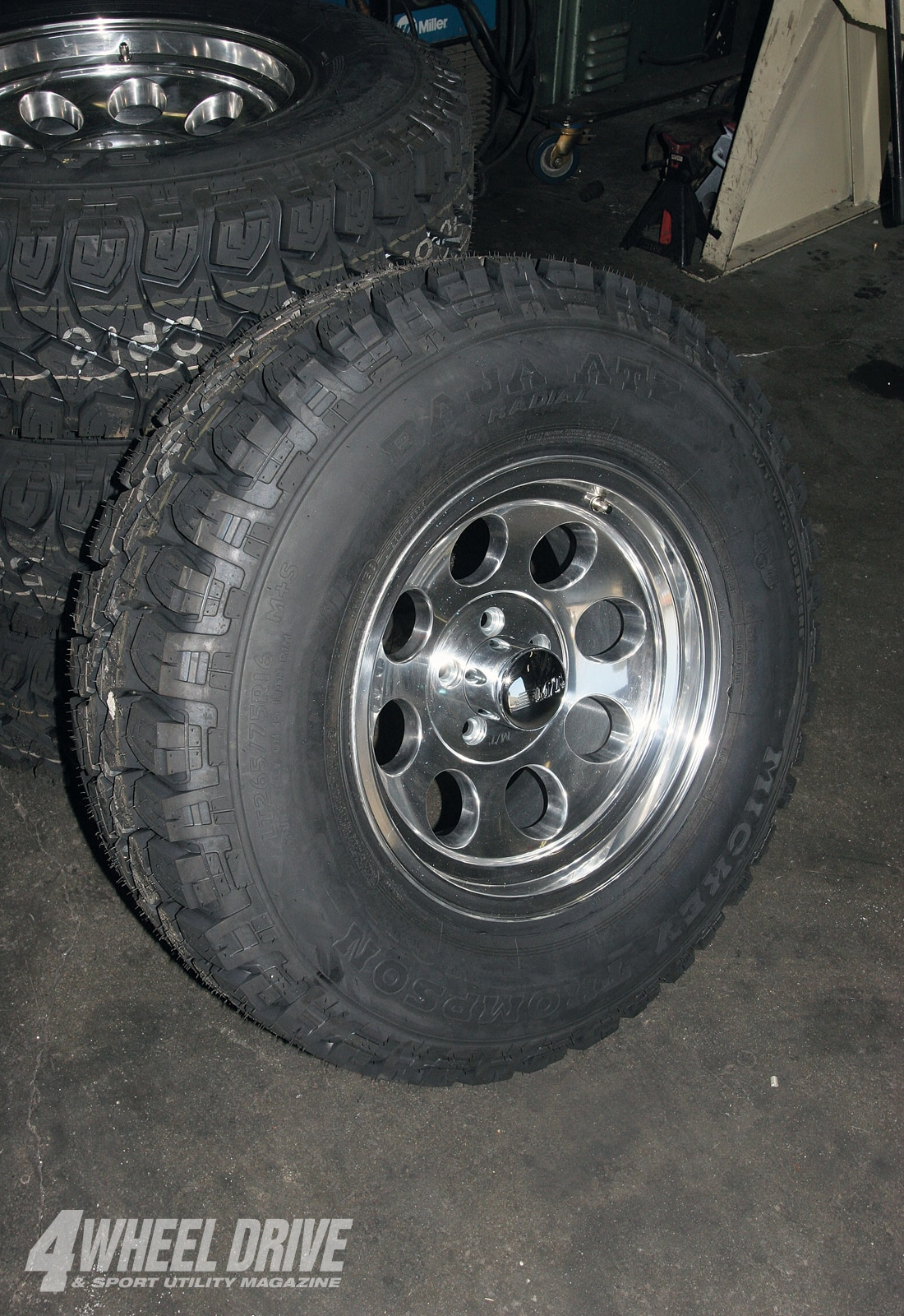 1003 4wd 06+1991 jeep cherokee xj unlimited buildup+mickey thompson tires