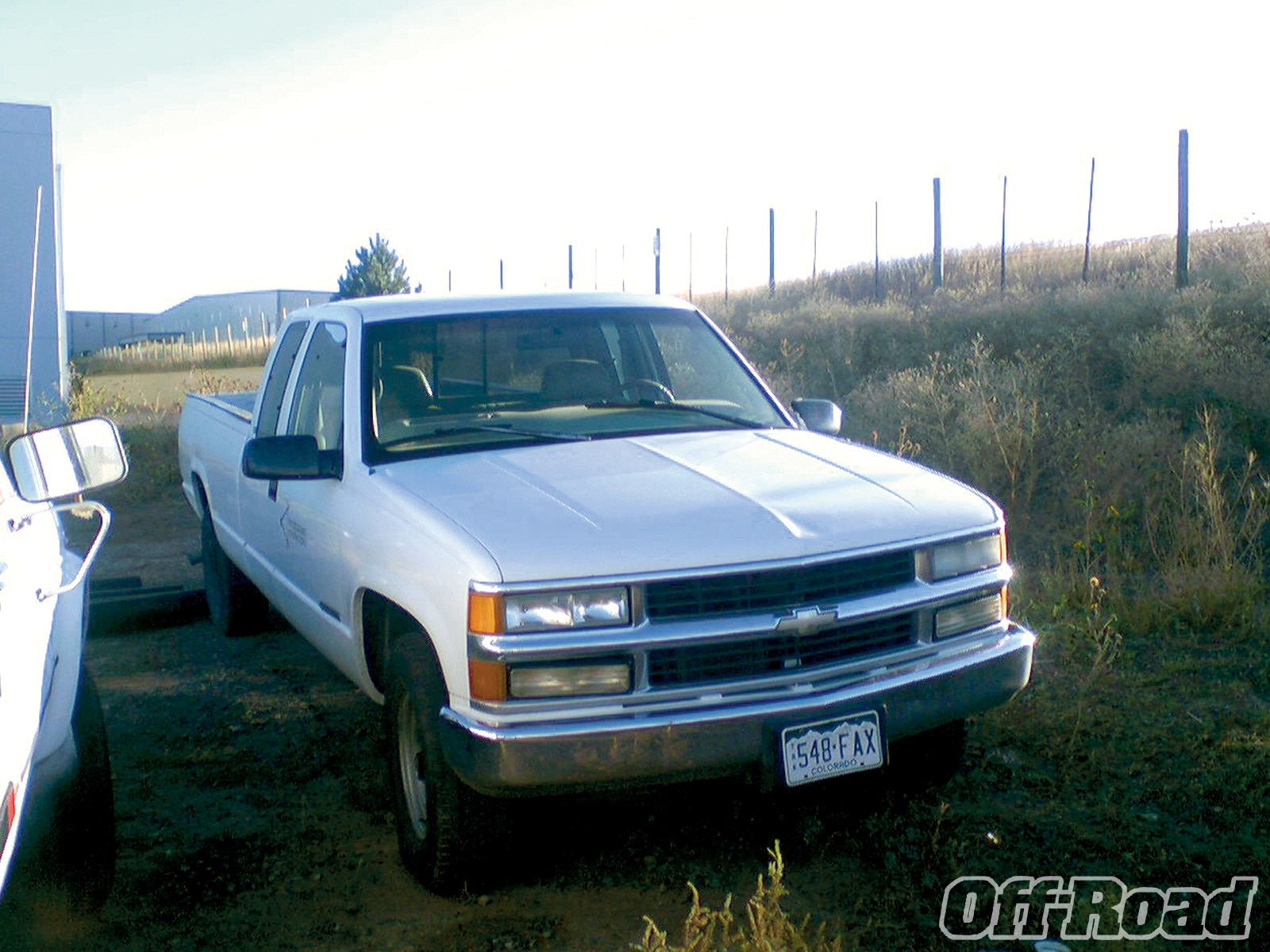 1011or 01 +1997 chevy 2500+front view