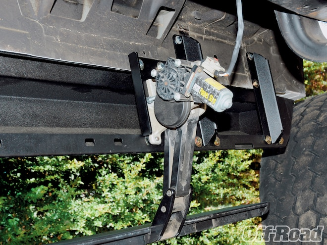 One Up Steps on a Crew Cab Super Duty - Rocker Guards For Giants