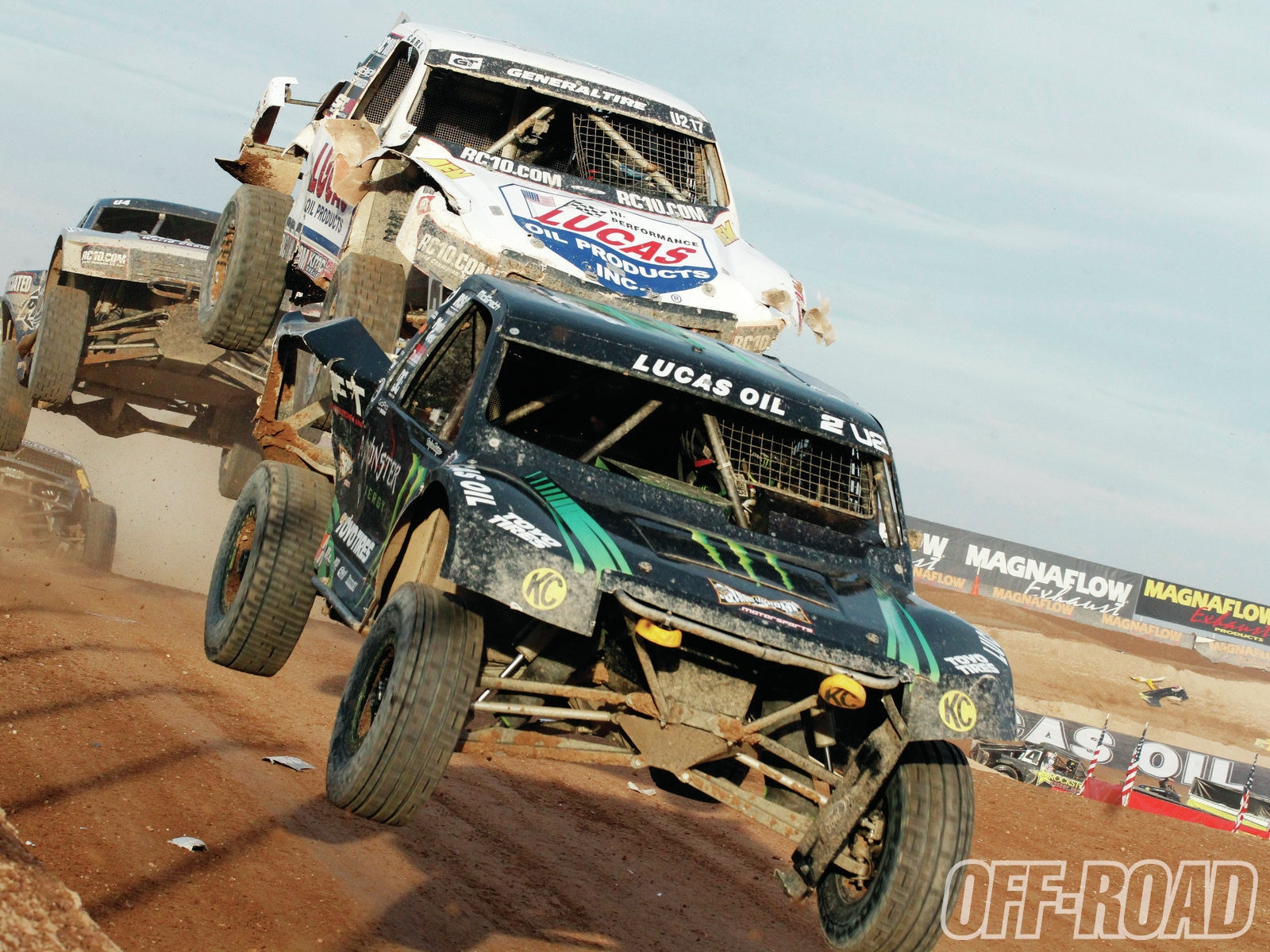 1204or 08+lucas oil off road racing+pro 2 and pro 4 class trucks