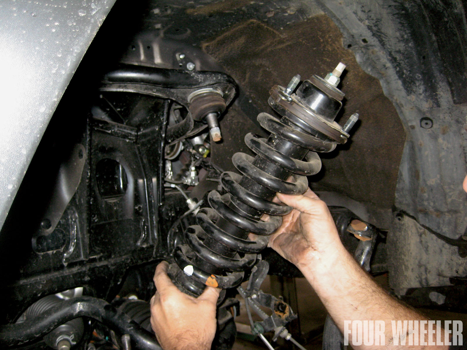 129 1102 06 o+129 1102 project 4runner backcountry part 2+factory coil on shock removal