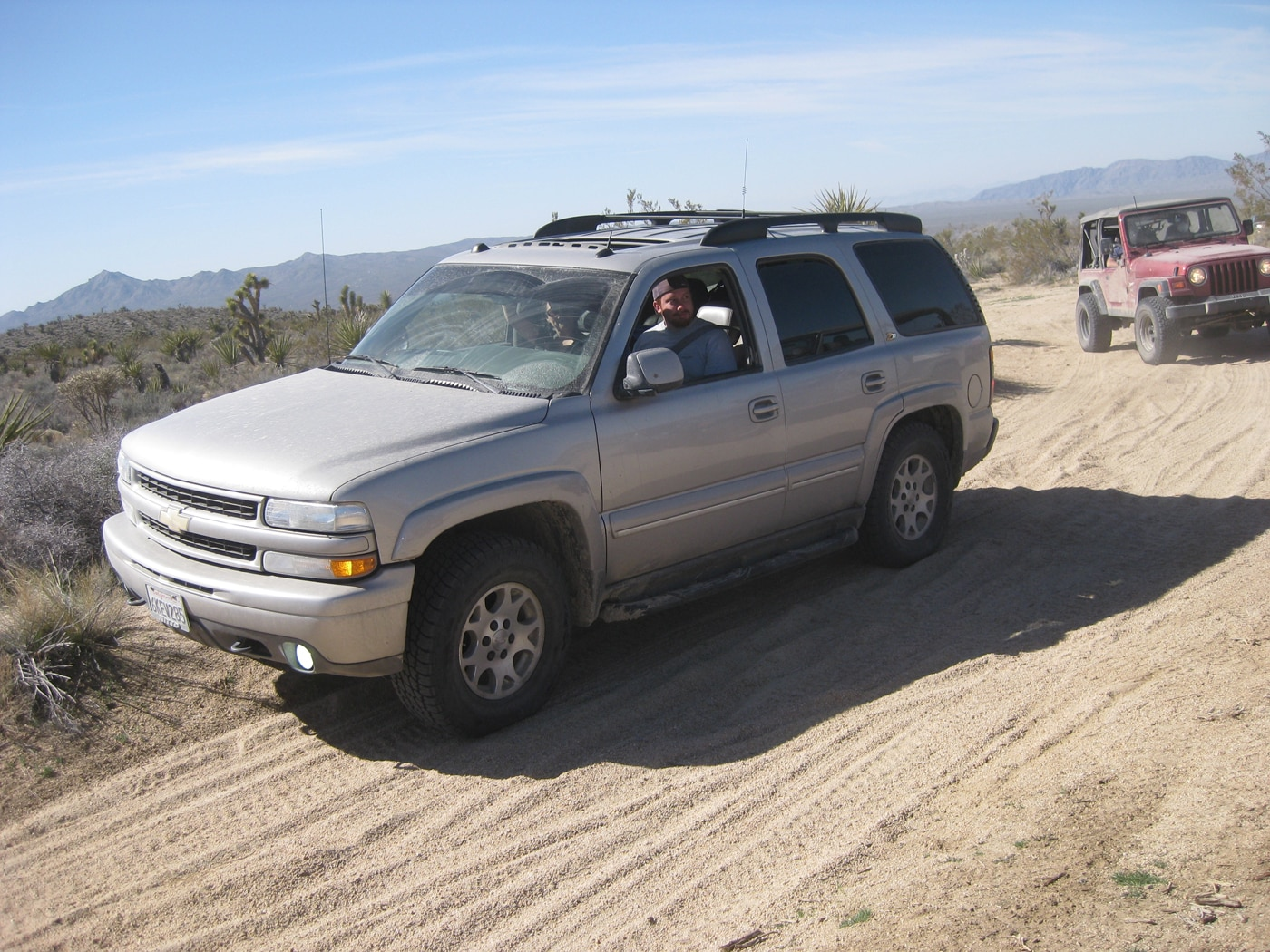 129 1103 8045+mojave road trail 2011+chevy tahoe