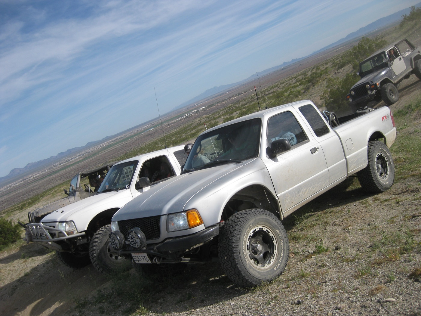 129 1103 8080+mojave road trail 2011+ford rangers