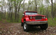 Jeep J 12 Concept front passenger side three quarters view
