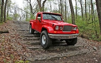 Jeep J 12 Concept front view off roading