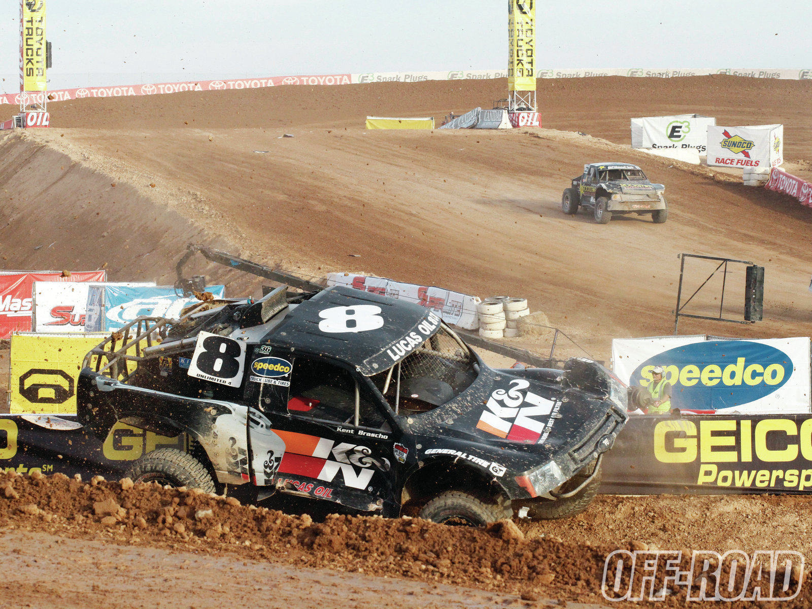 1204or 11+lucas oil off road racing+offroad vehicle after flip