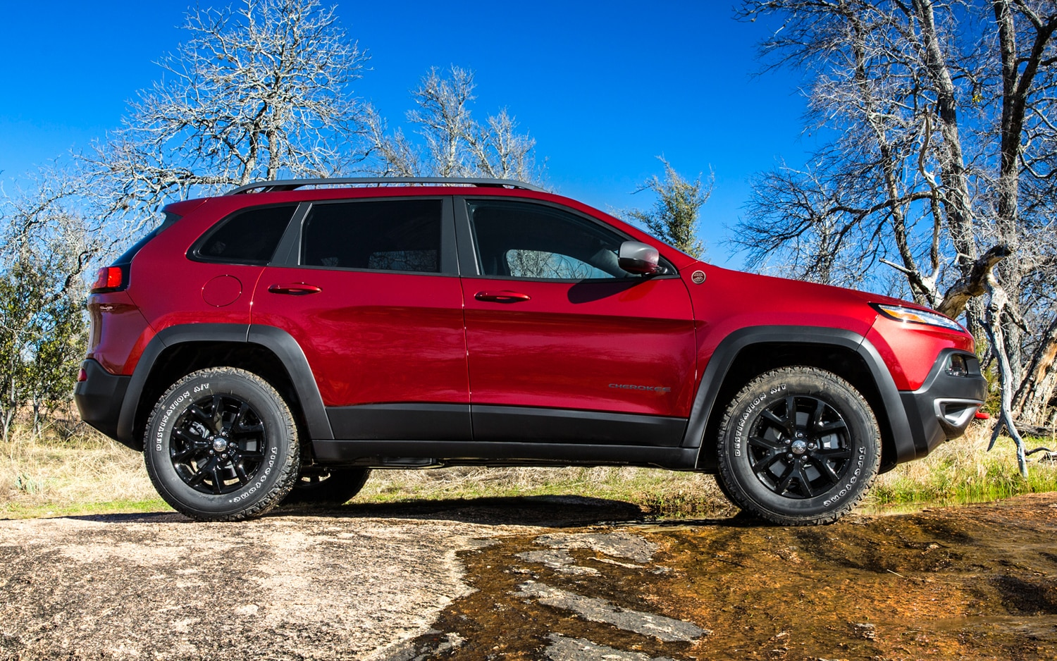 2014 Jeep Cherokee Trailhawk side