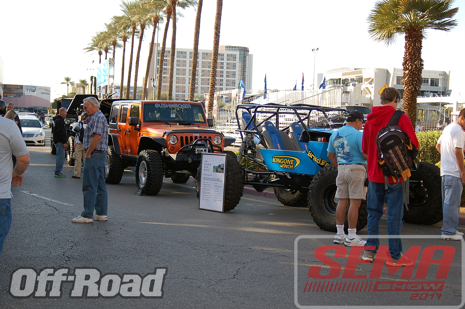 102312or 0196+2011 sema show+off road trucks and products