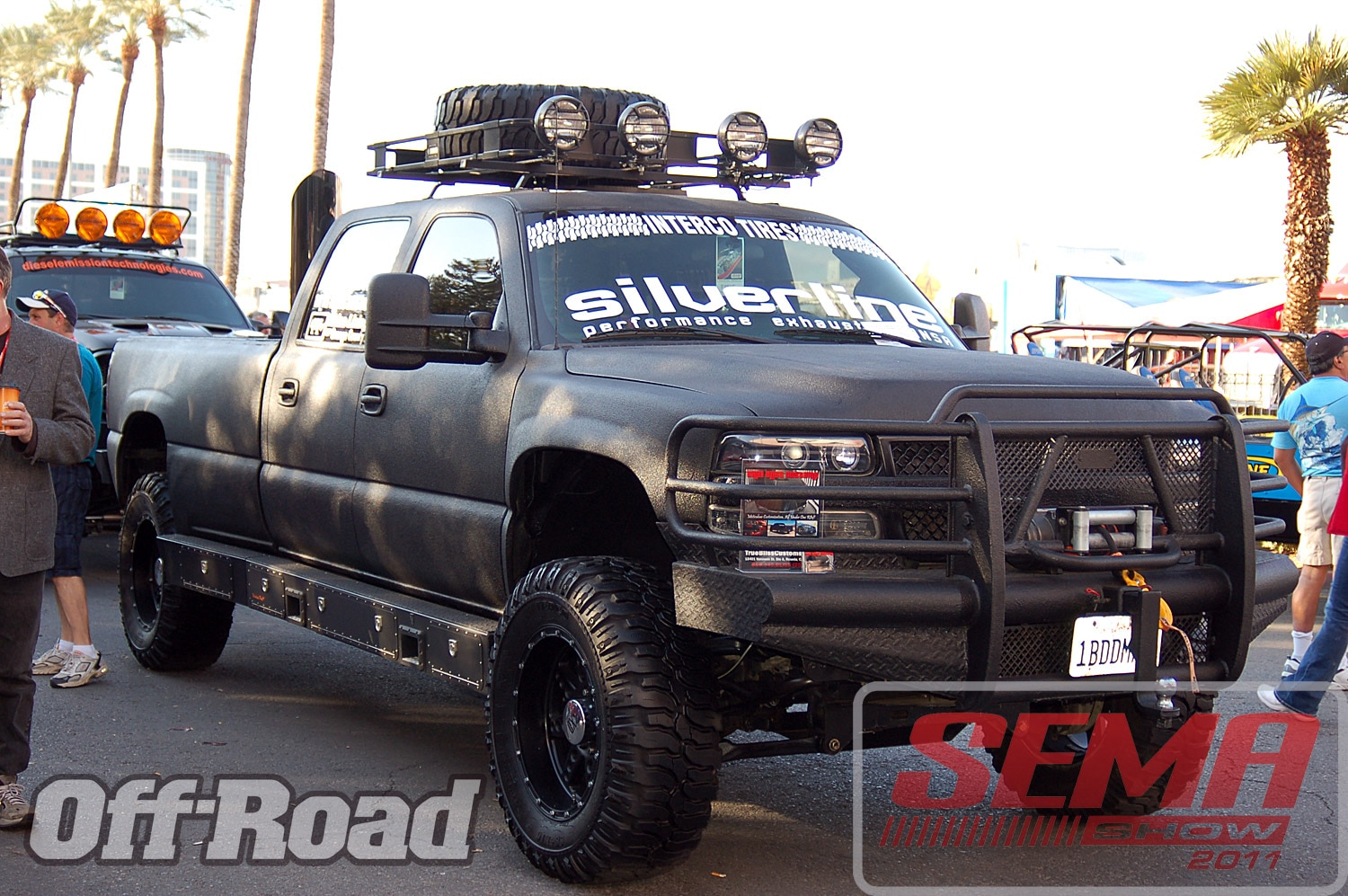 102312or 0191+2011 sema show+off road trucks and products