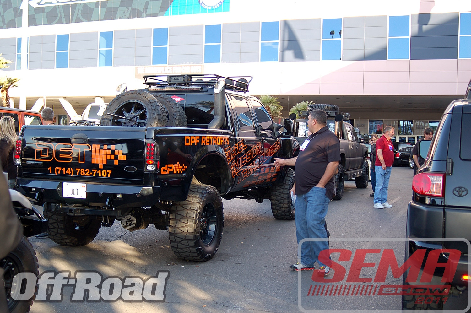 102312or 0187+2011 sema show+off road trucks and products