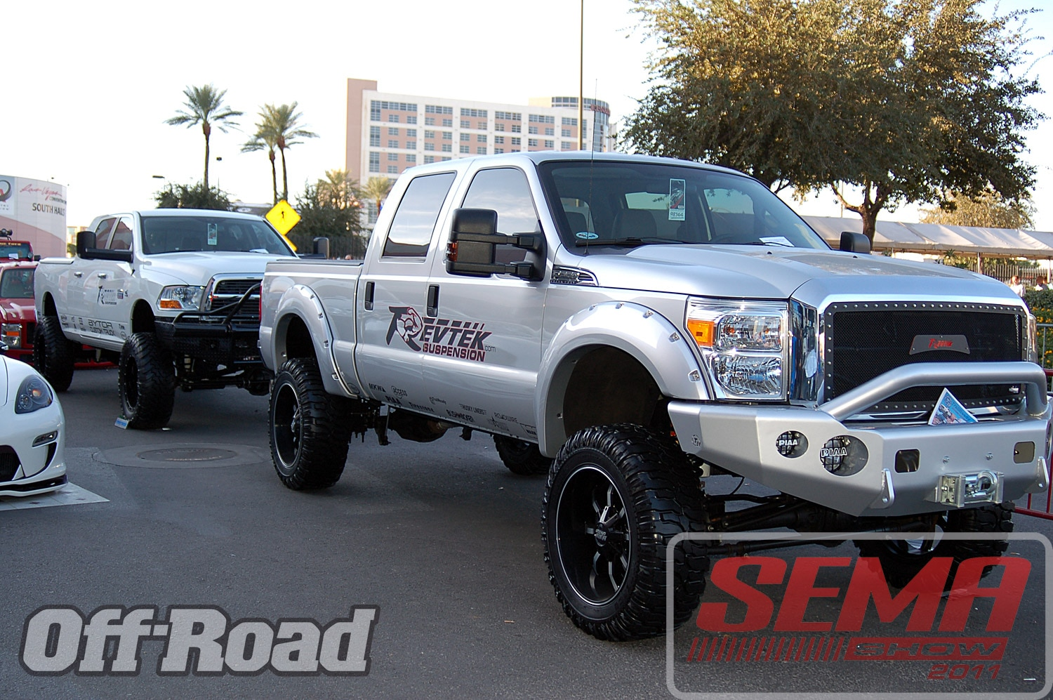 102312or 0124+2011 sema show+off road trucks and products