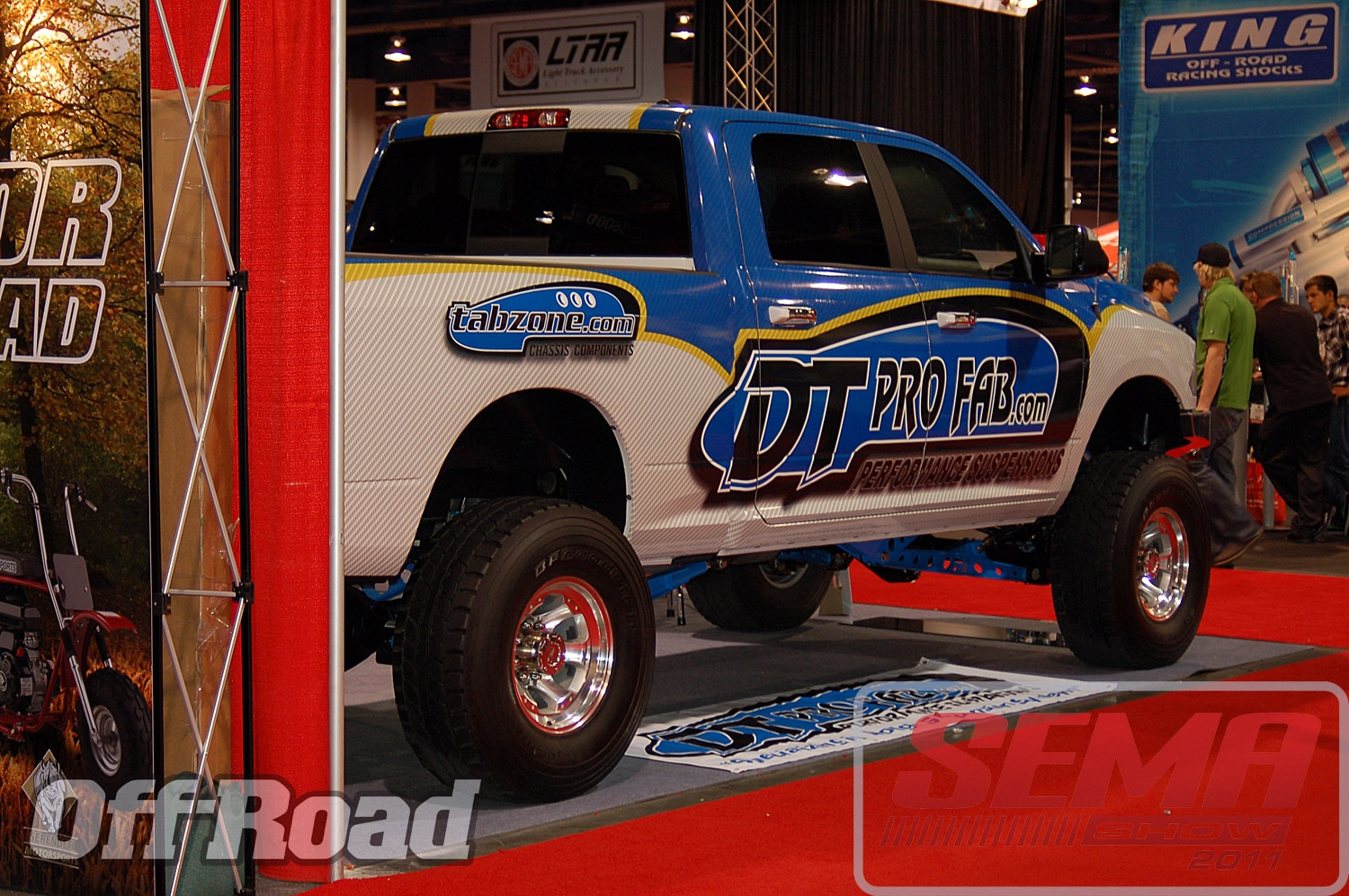 102312or 0054+2011 sema show+off road trucks and products