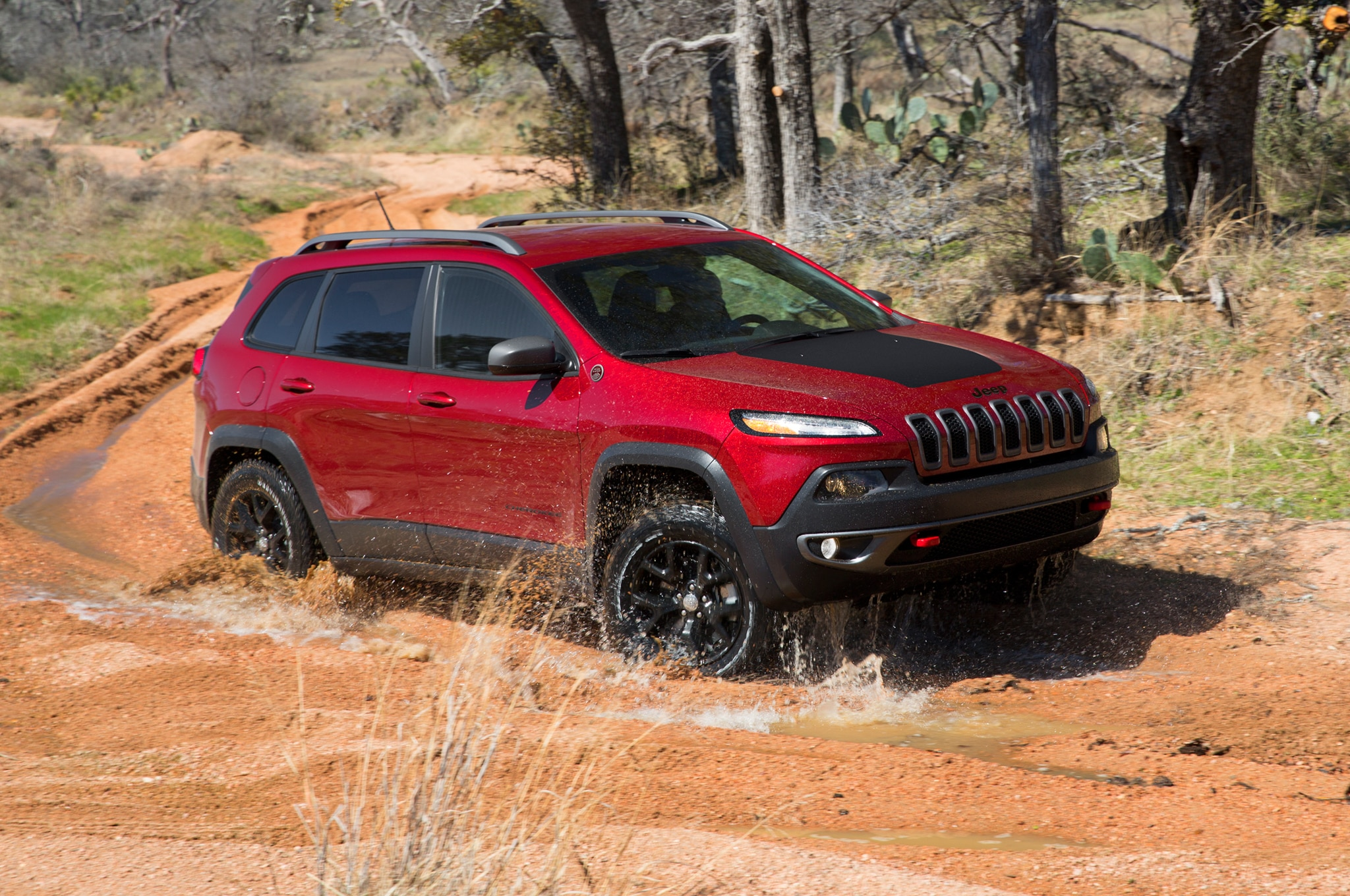 2014 Jeep Cherokee right front 11