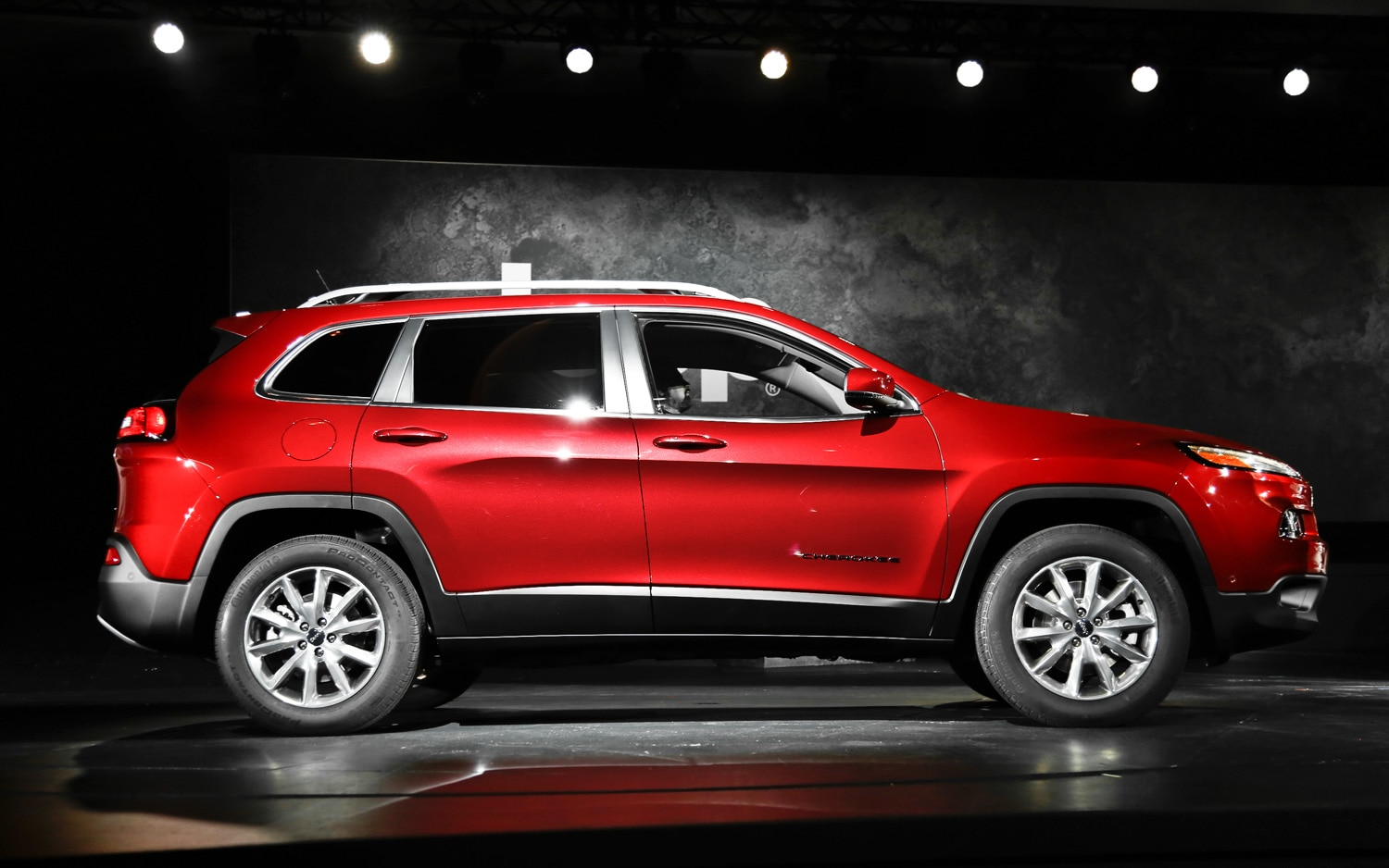 2014 Jeep Cherokee Limited side 2