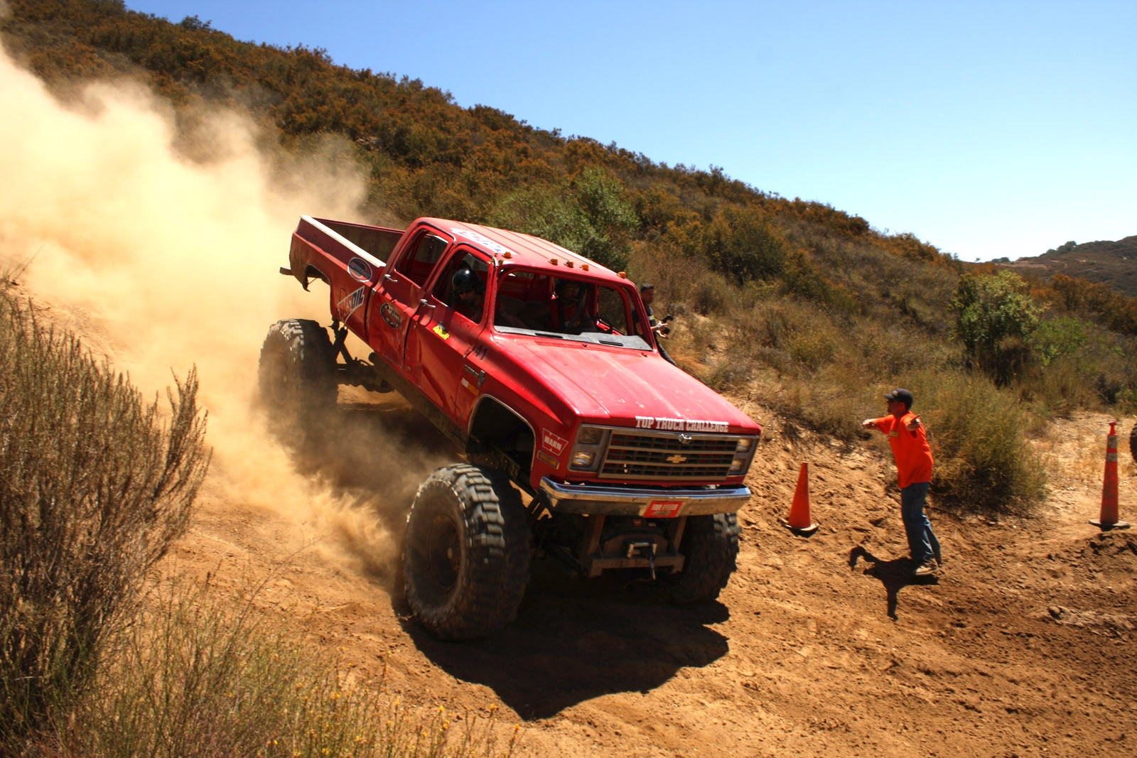 top truck challenge 2013 obsticle course 126 1989 chevy k30 crew cab