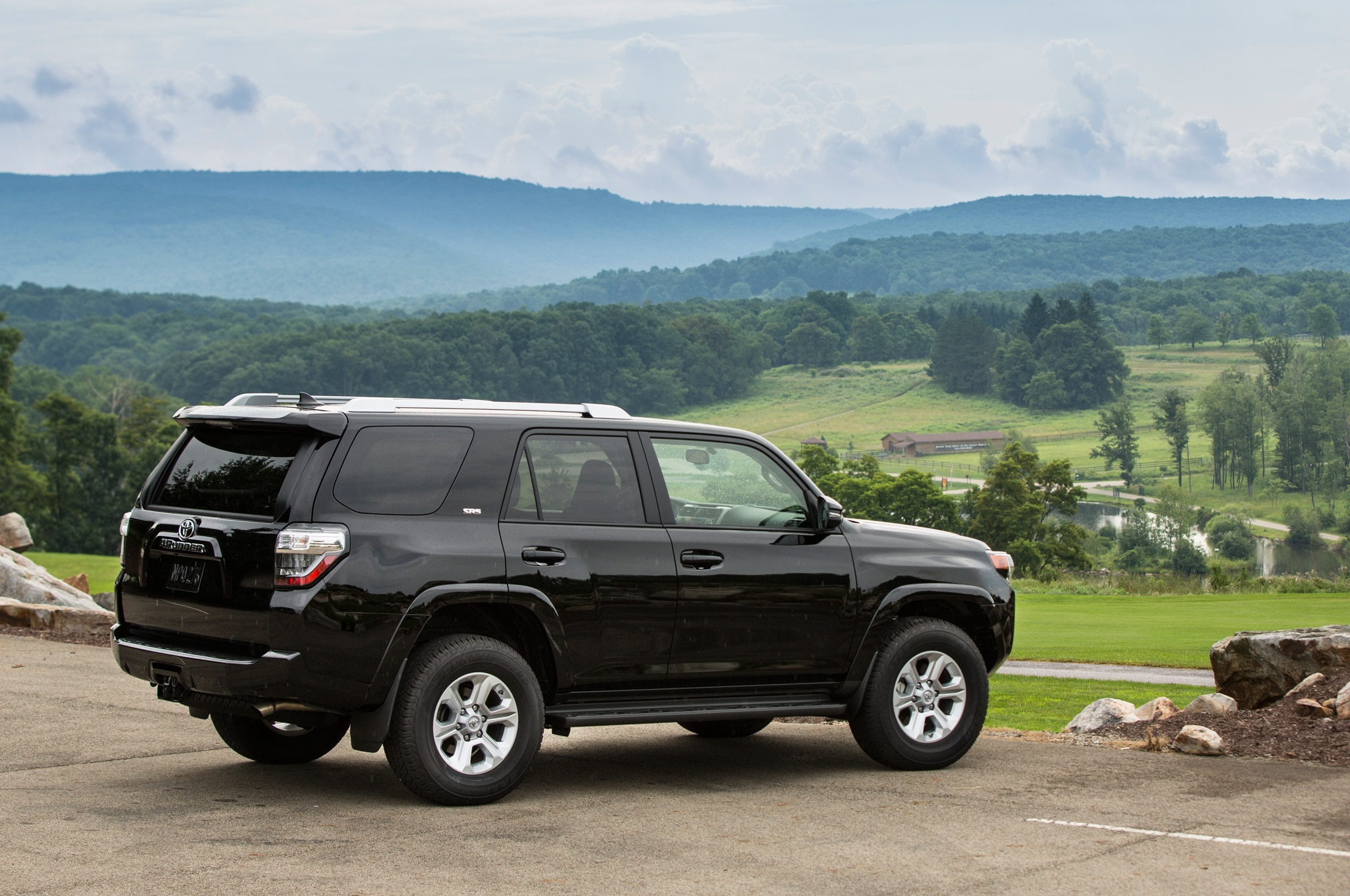 2014 Toyota 4runner SR5 rear view