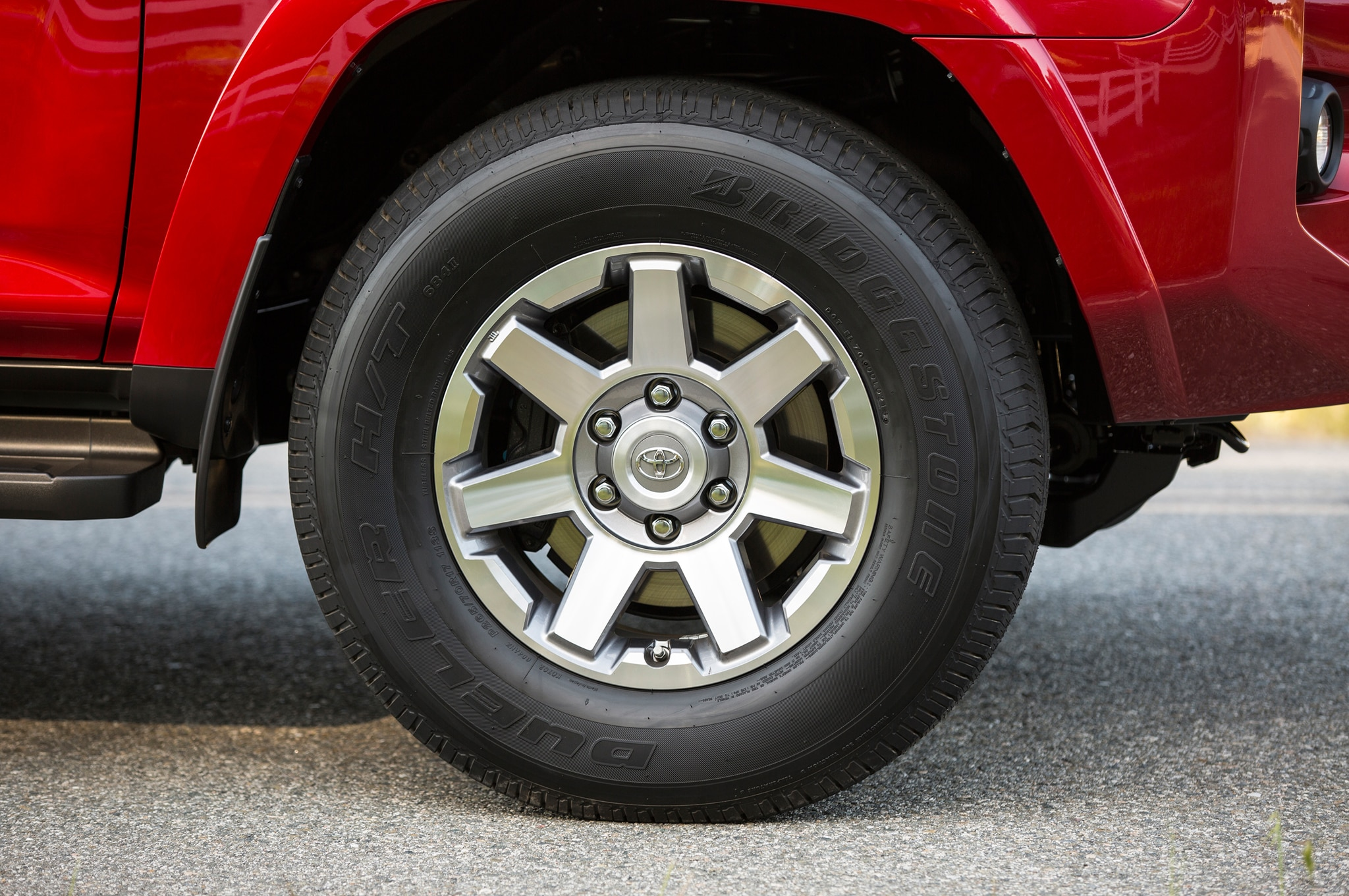 2014 Toyota 4runner Trail front wheel