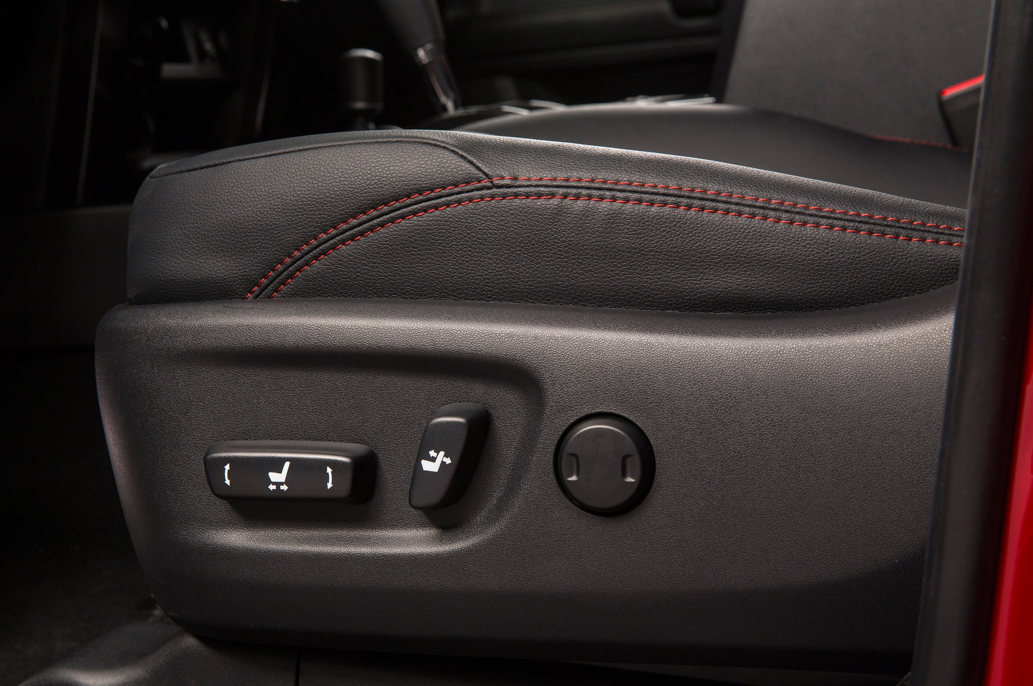 2014 Toyota 4runner Trail seat adjustments