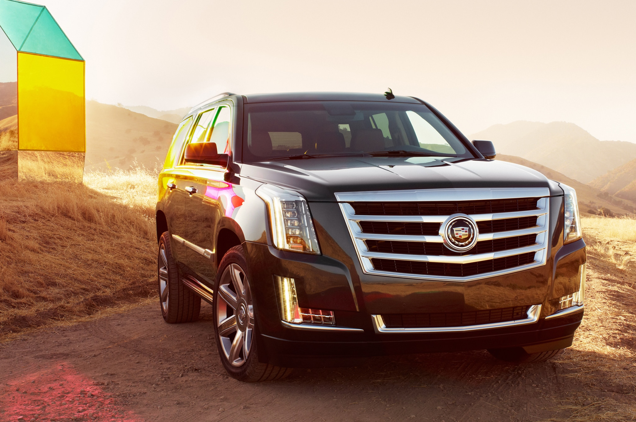 2015 Cadillac Escalade front three quarters