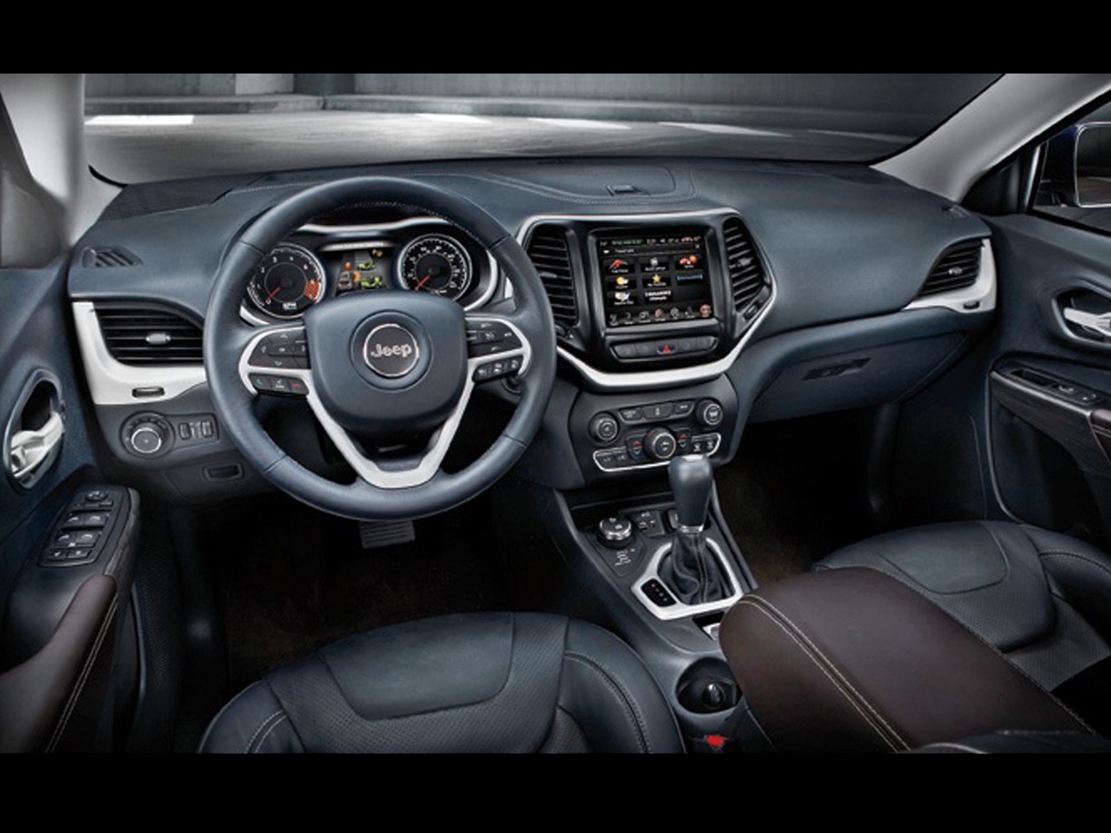 2014 Jeep Cherokee Trailhawk  3  interior