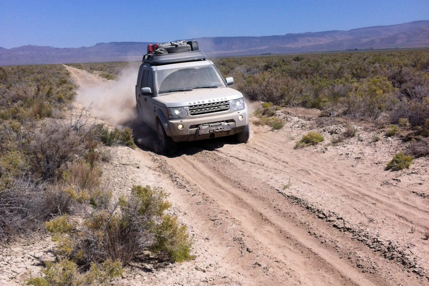 2013 Land Rover LR4 Land Rover Expedition America  7  LR4 moving through desert
