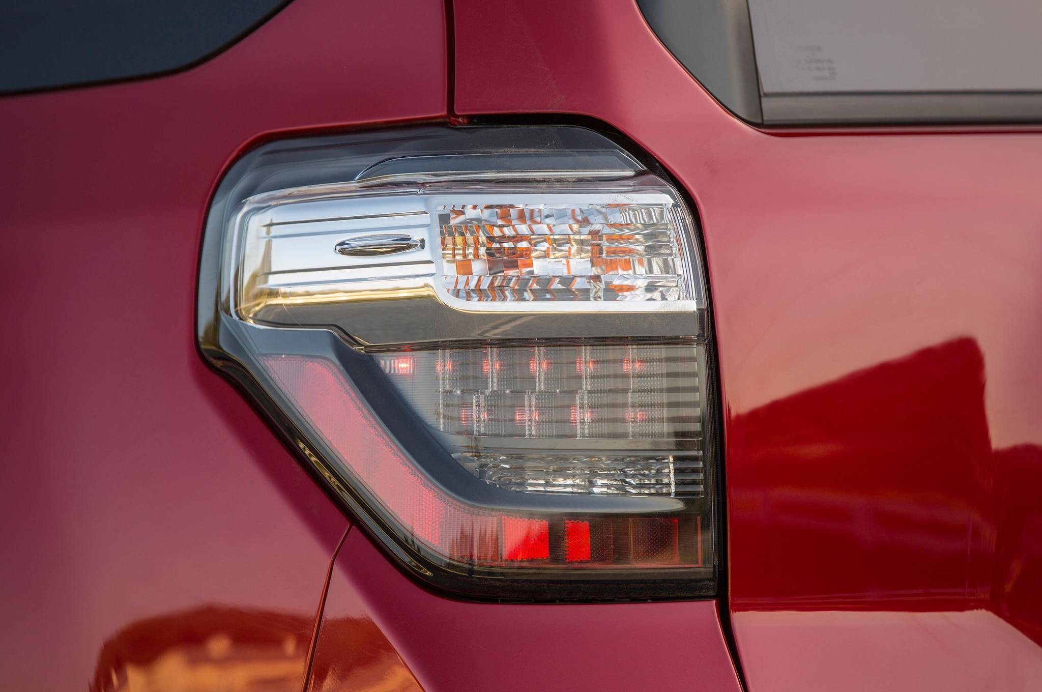 2014 Toyota 4runner Trail taillight