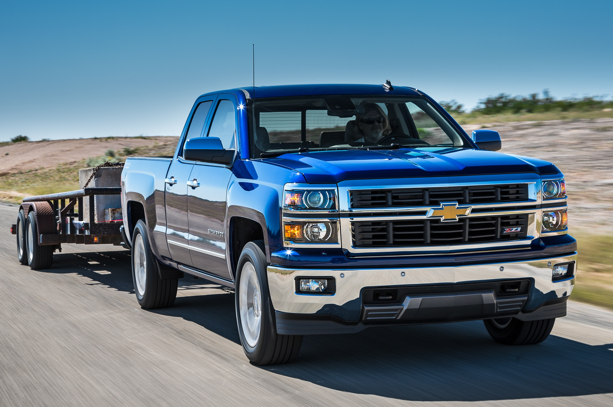 2014 Chevrolet Silverado Z71 front view towing