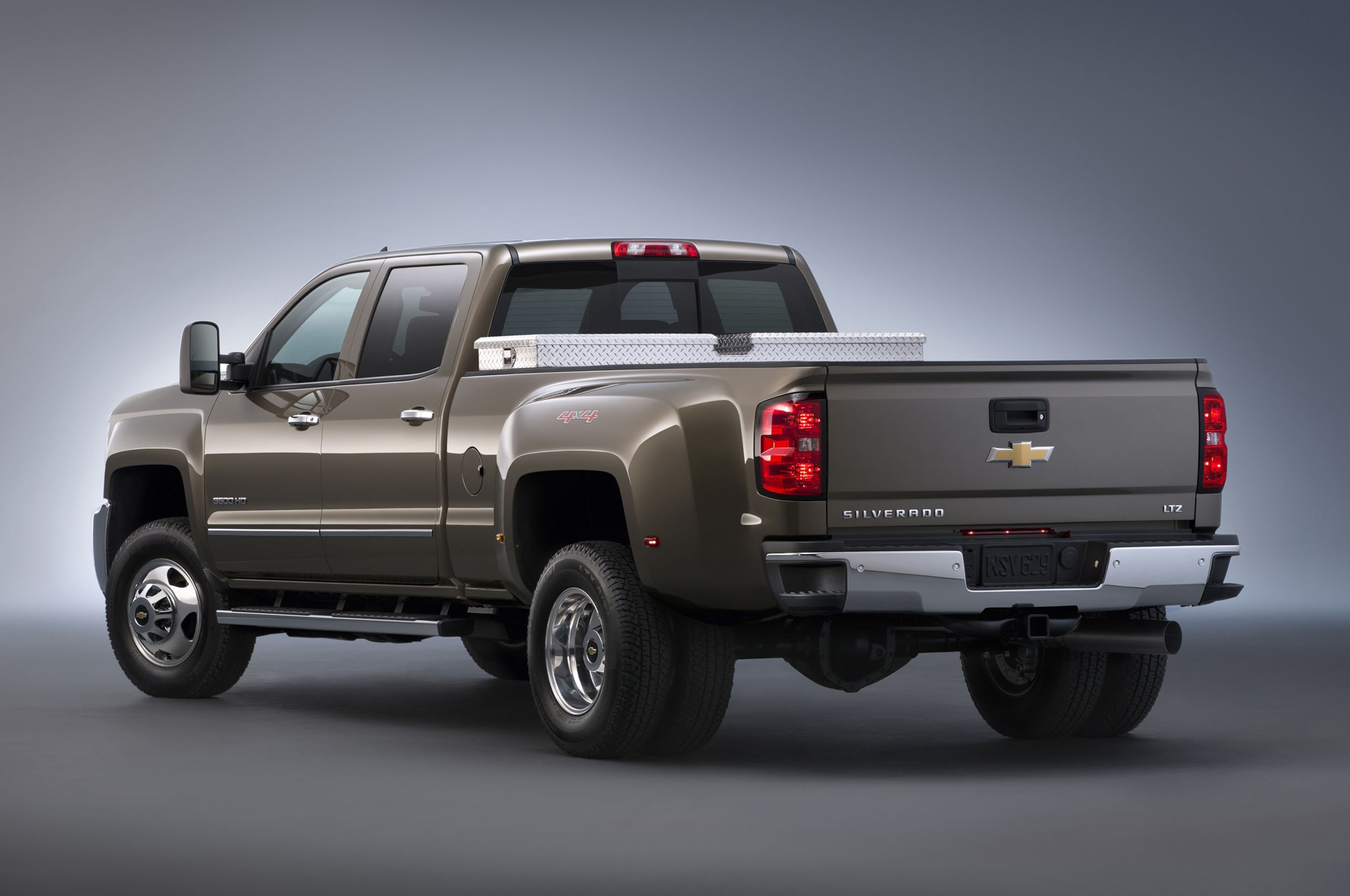 2015 Chevrolet Silverado 3500HD rear view