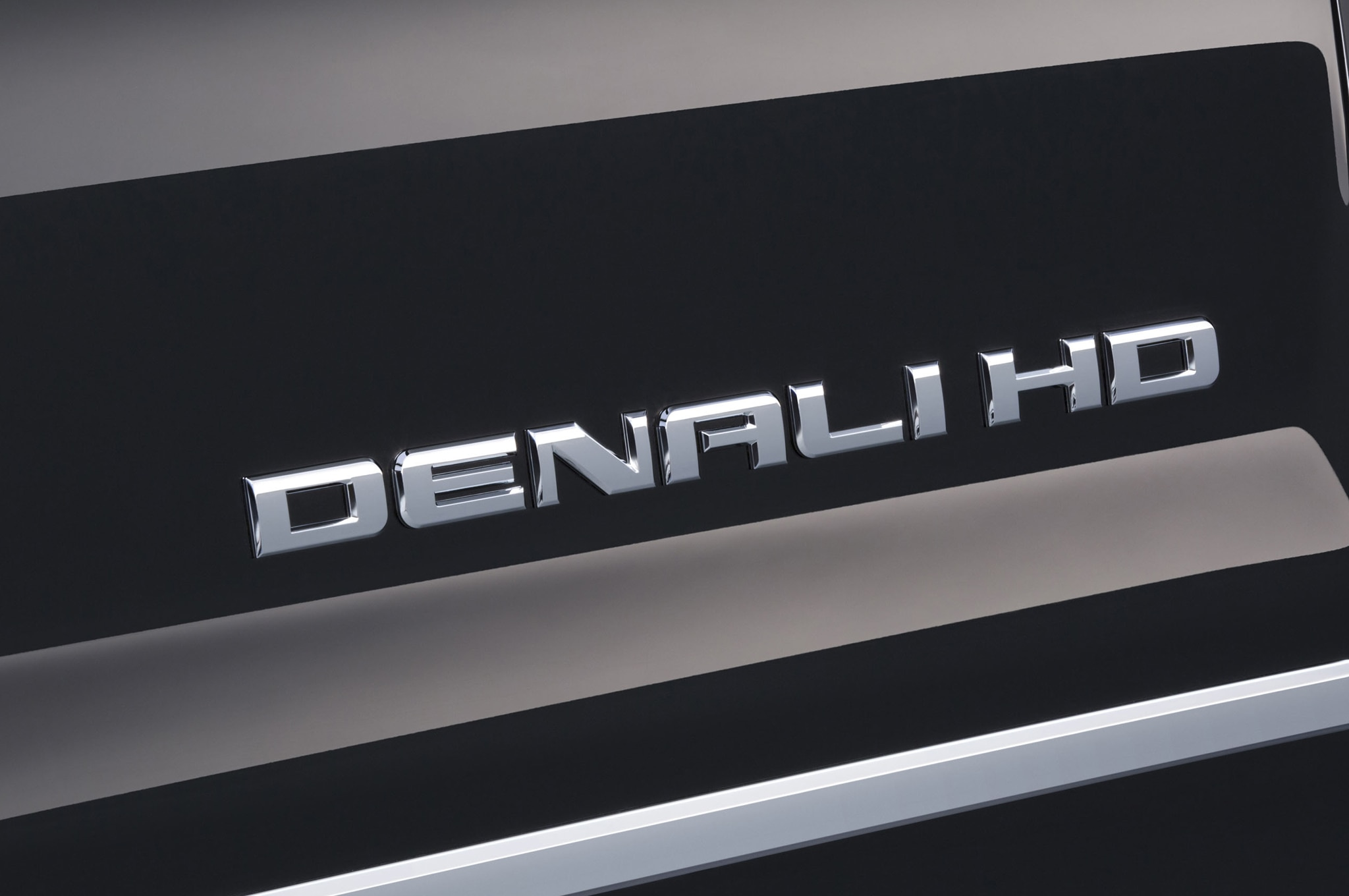 2015 GMC Sierra Denali 2500HD badge