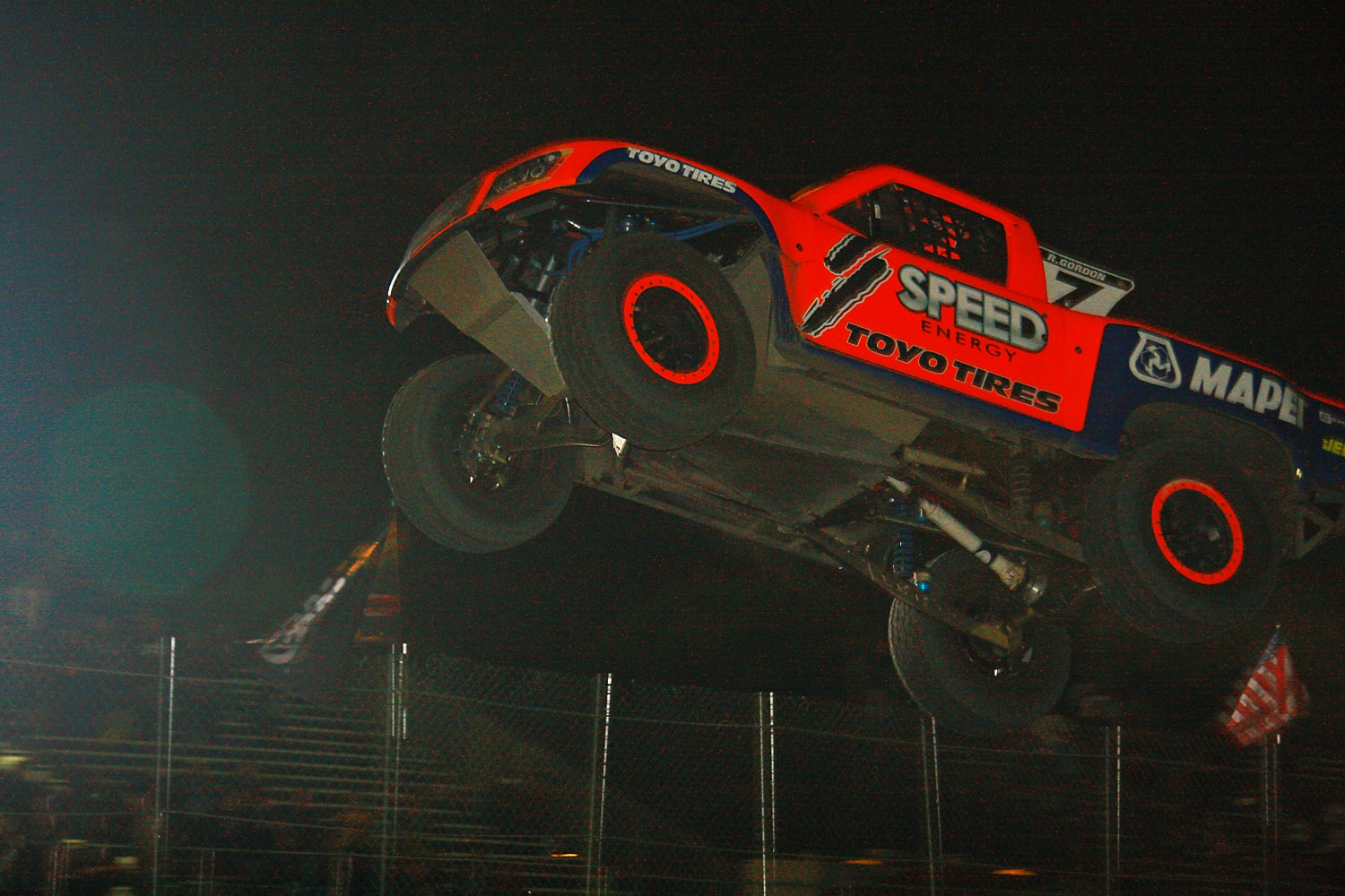 Off Road Race Truck   77  Robby Gordon SST Jump Competition