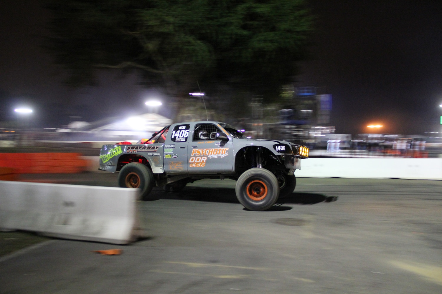 Stadium Super Trucks at SSSS  7  psychotic racing toyota tundra prerunner.JPG