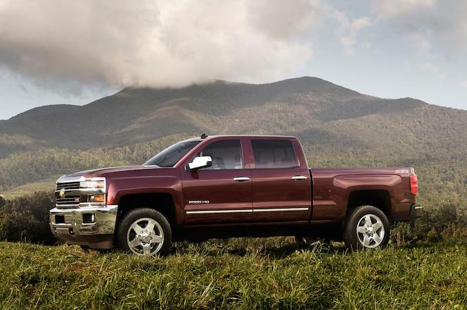 2015 Chevrolet Silverado HD and GMC Sierra HD