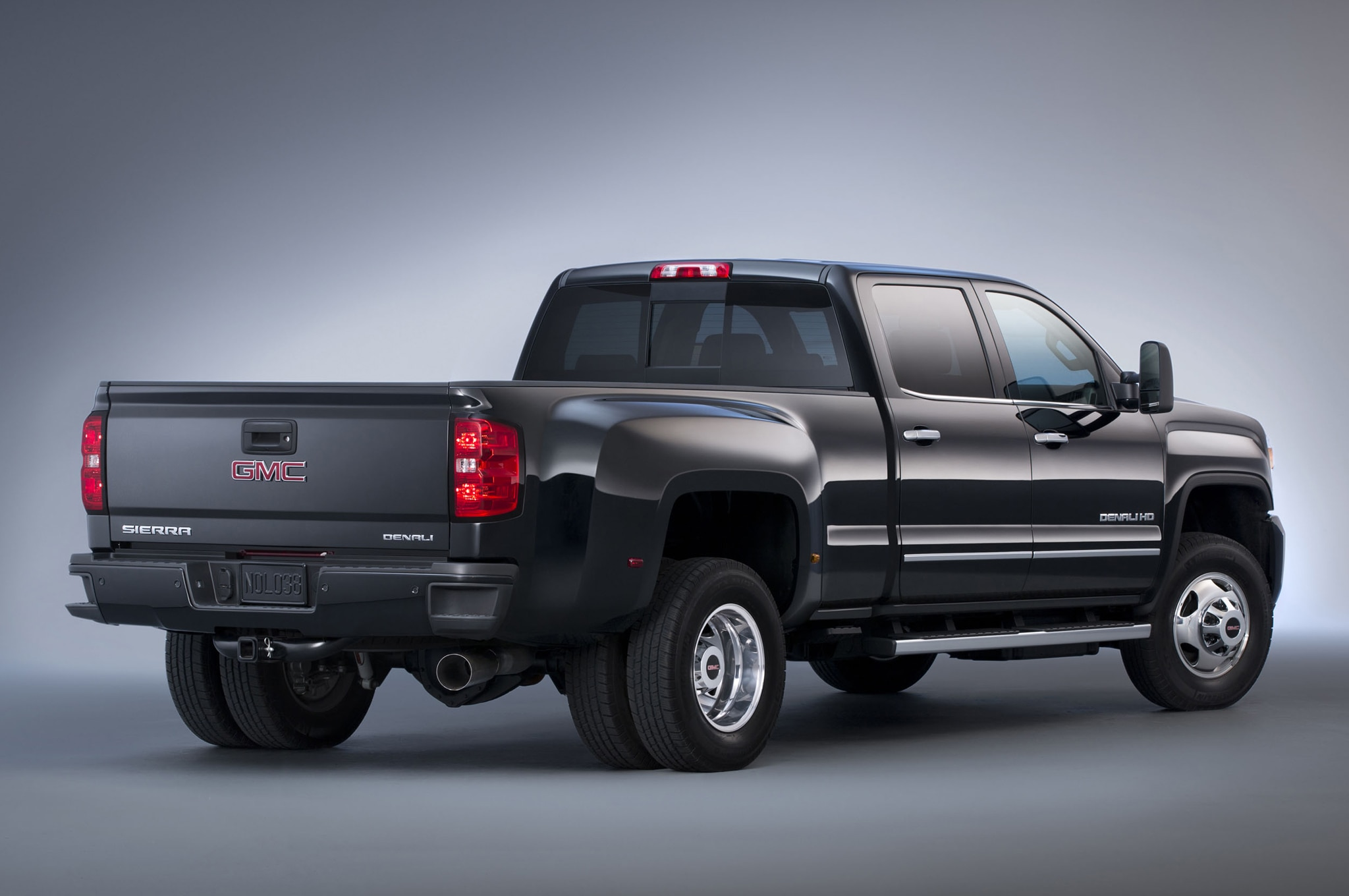 2015 GMC Sierra Denali 3500HD rear view