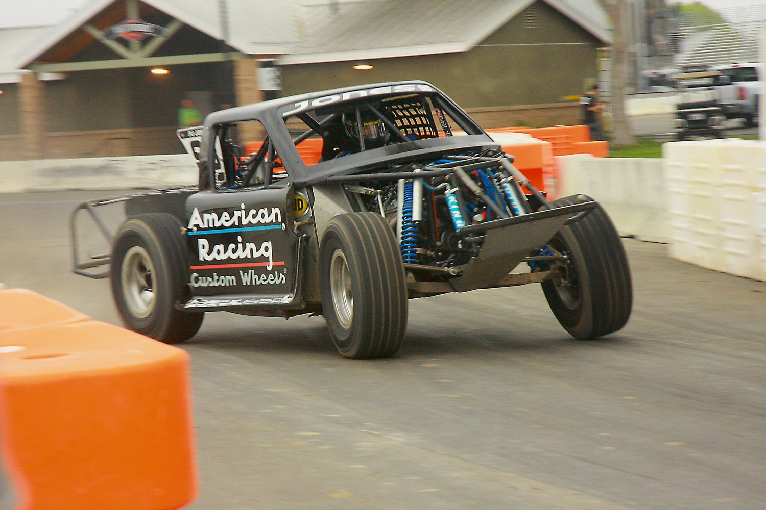 Off Road Race Truck   6  SST Truck sliding