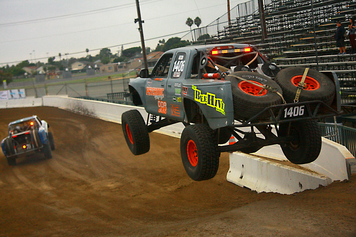 Off Road Race Truck   14  Psychotic Racing Toyota Truck