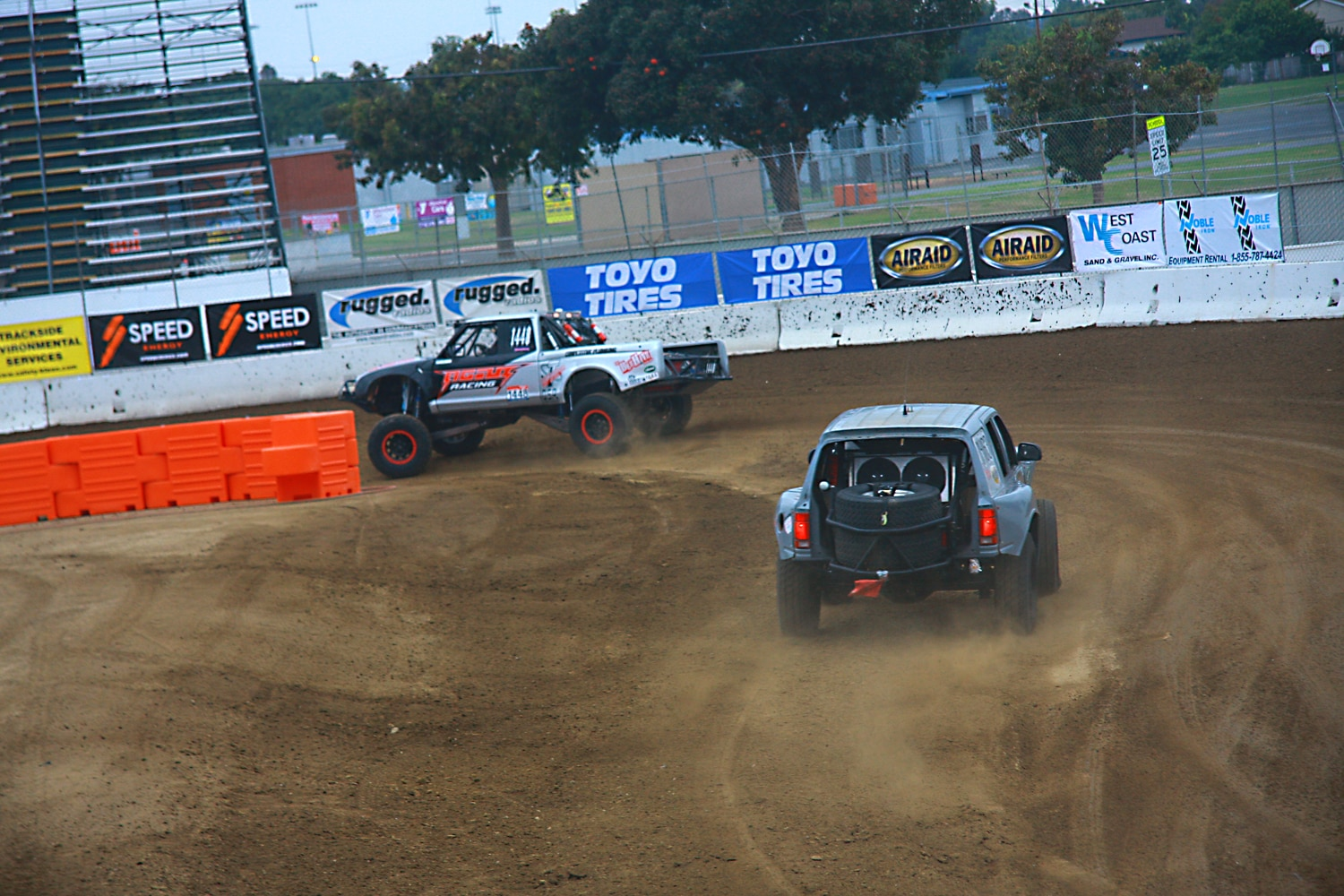 Off Road Race Truck   30  prerunner racing