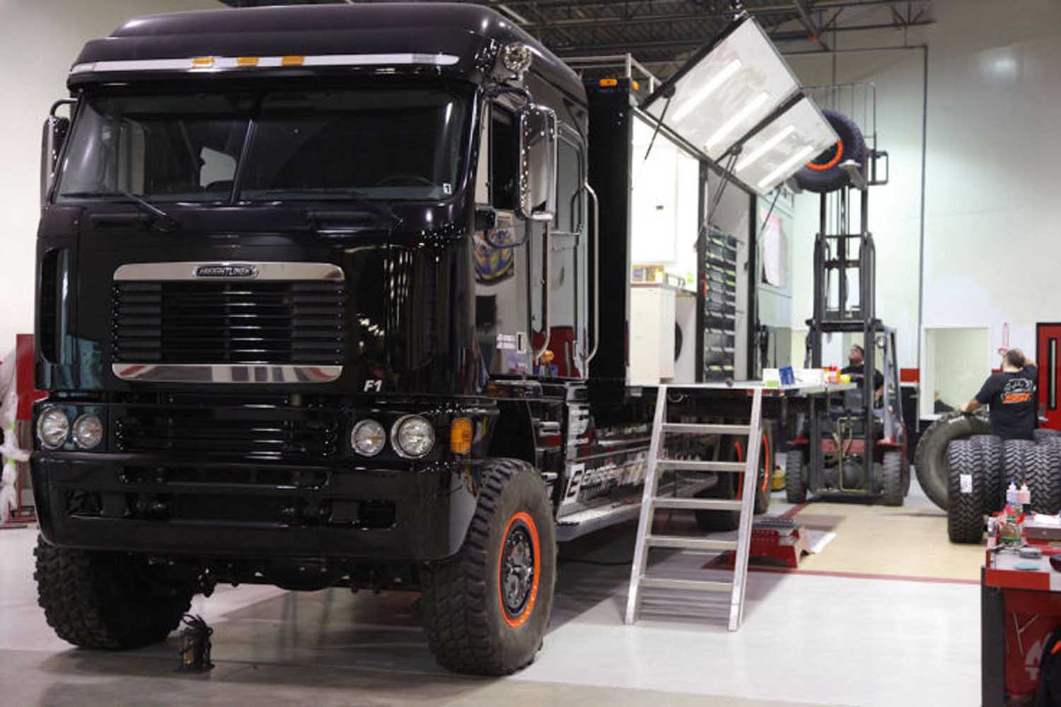 Robby Gordon Racing Freighliner Support Truck