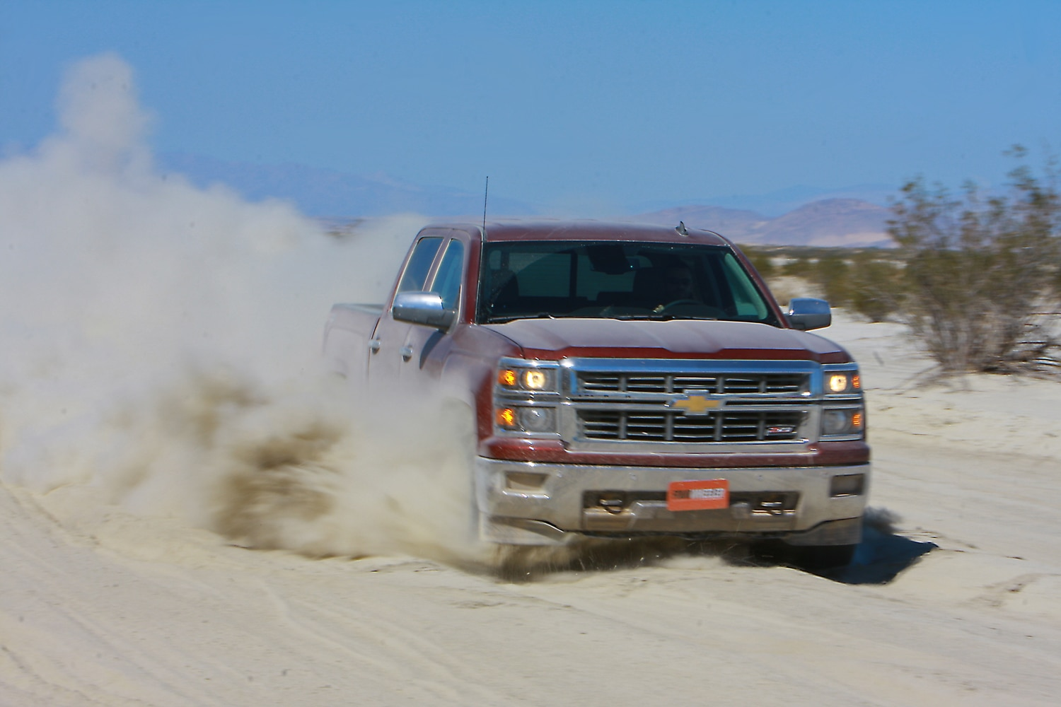 2014 Four Wheeler Of The Year Day 4 Silt Bed   4  2014 Chevy Silverado Z71 hitting silt bed.JPG