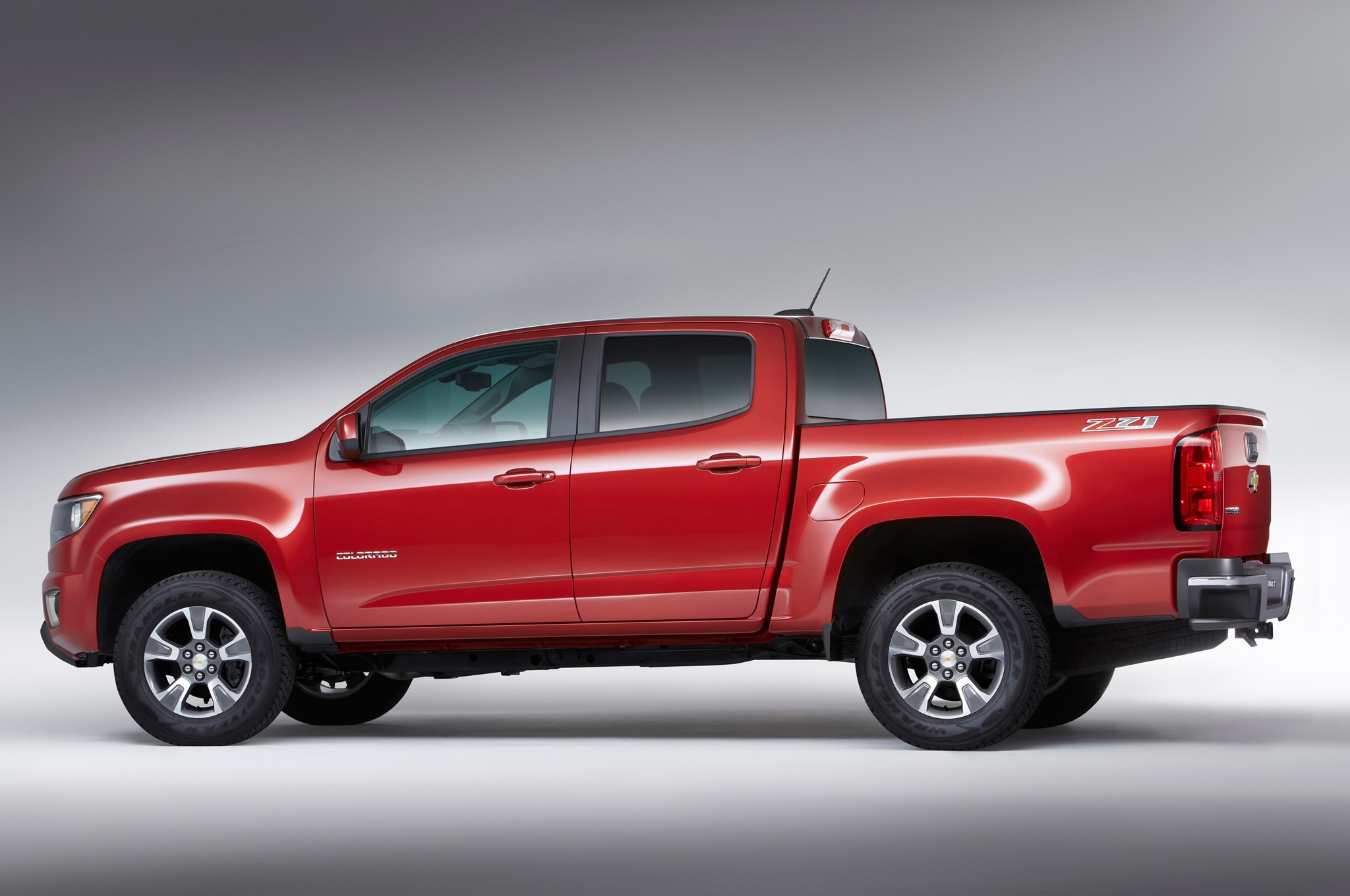 2015 Chevrolet Colorado rear three quarters