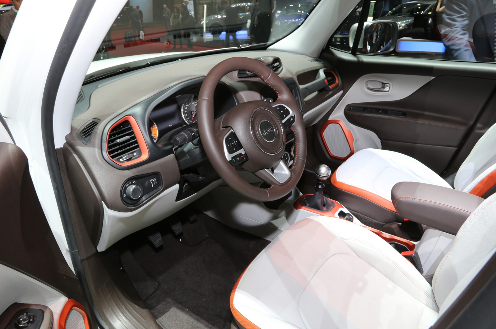2015 Jeep Renegade Limited interior