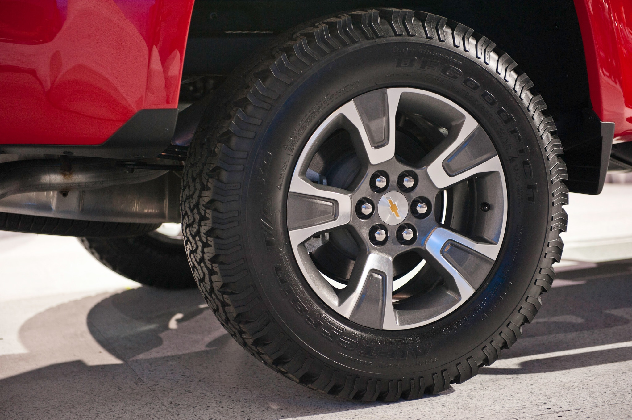 2015 Chevrolet Colorado rear wheels