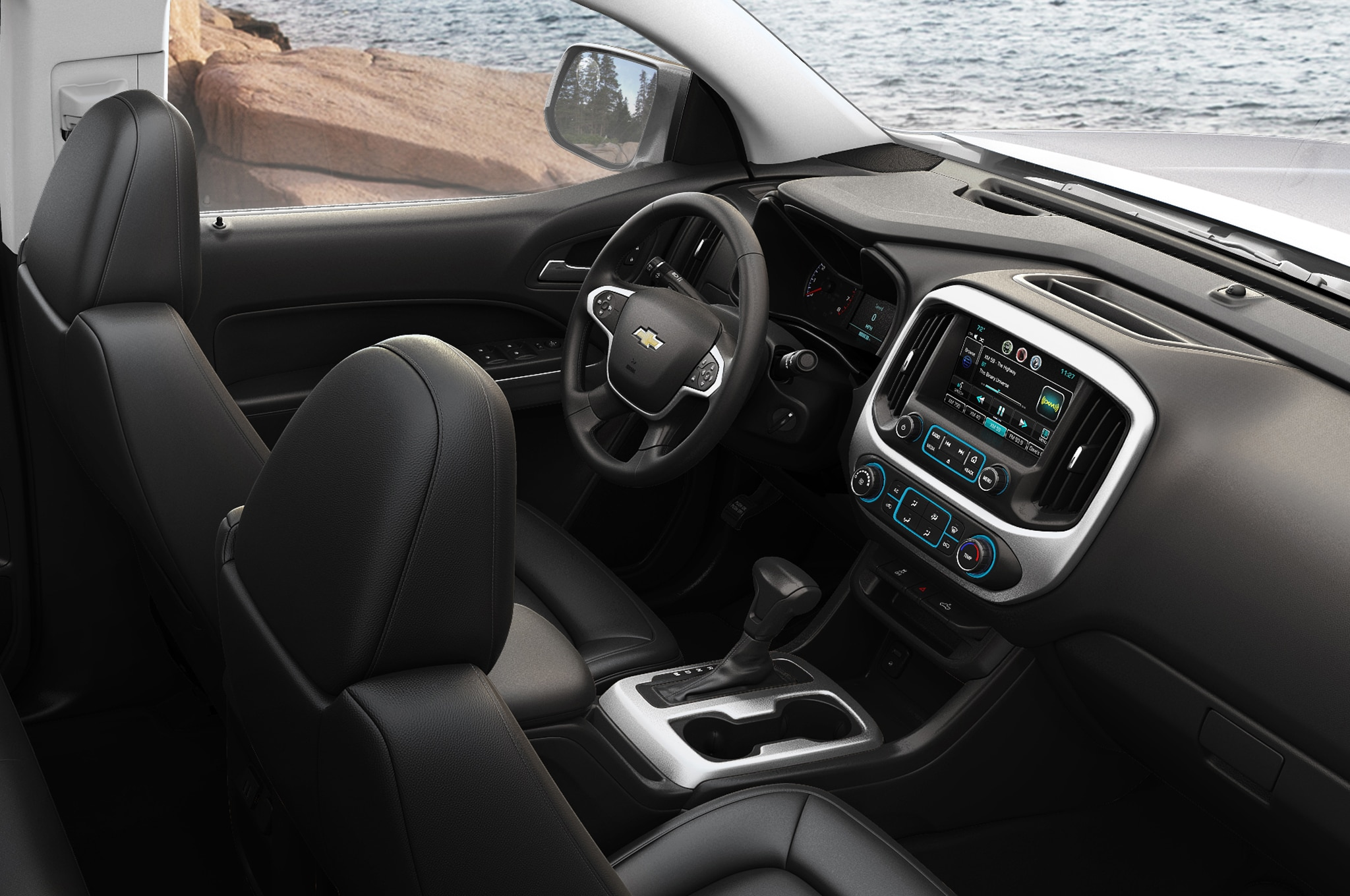 2015 Chevrolet Colorado front interior