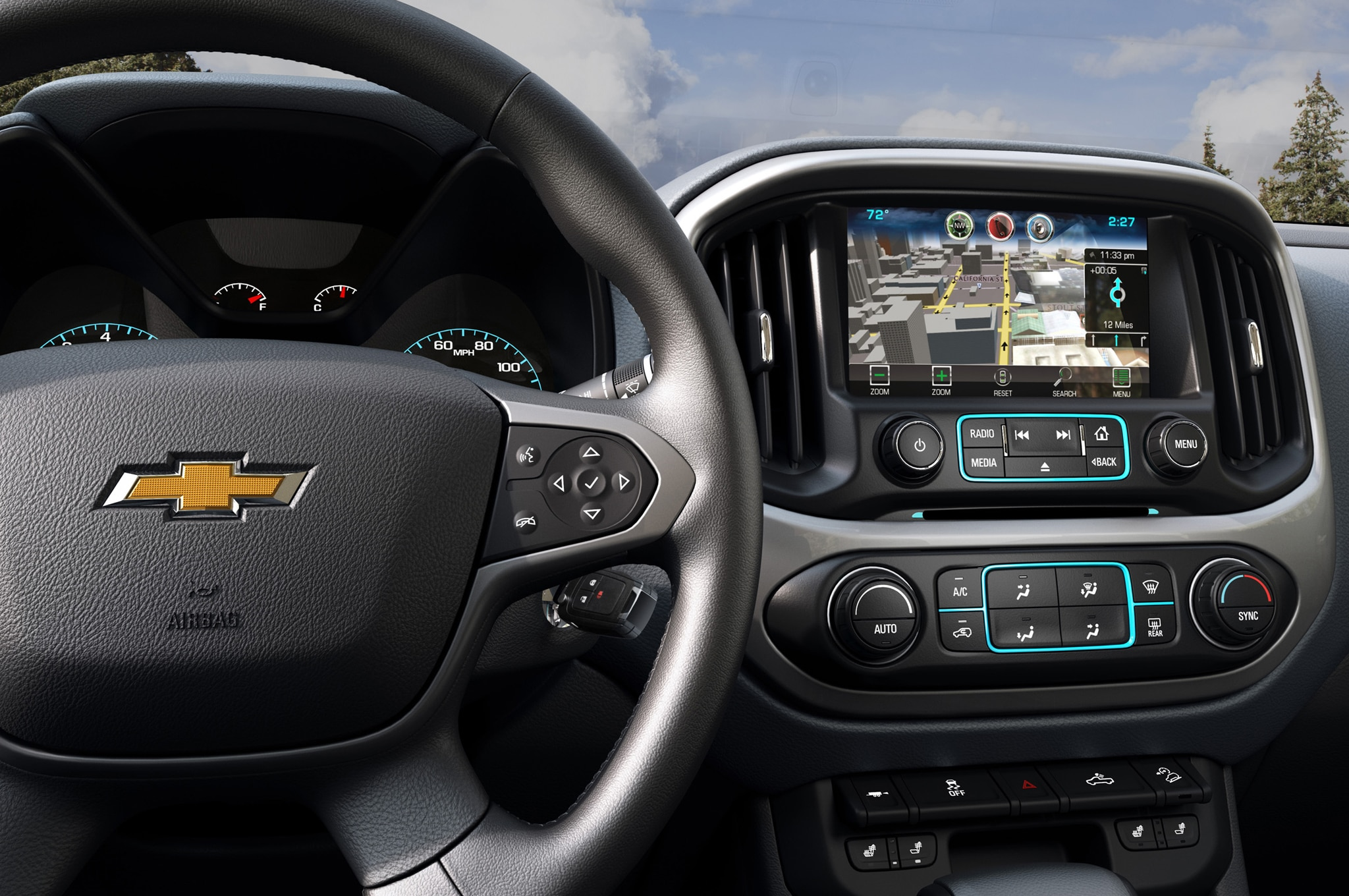 2015 Chevrolet Colorado steering wheel and radio