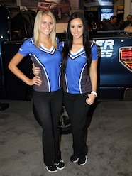 1311 ladies of sema 2013 43