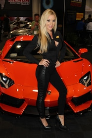 1311 ladies of sema 2013 49