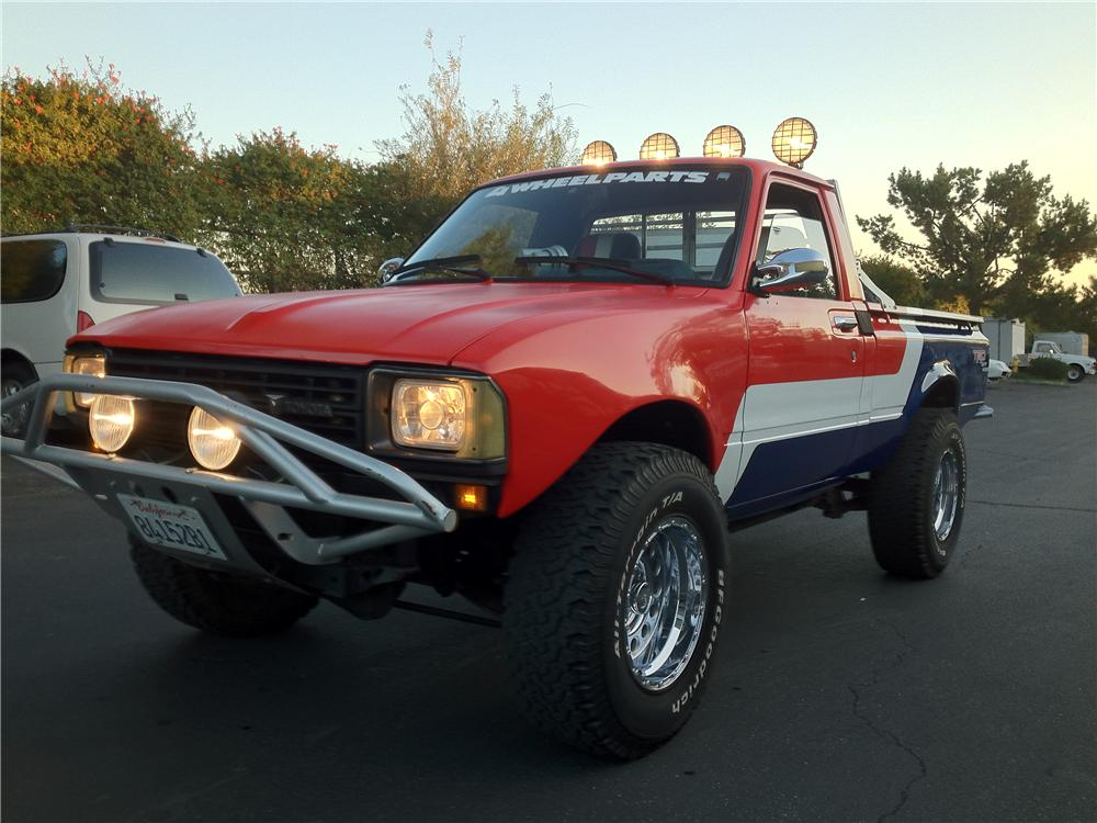 1982 TOYOTA CUSTOM PICKUP lot 592 barrett jackson 2014