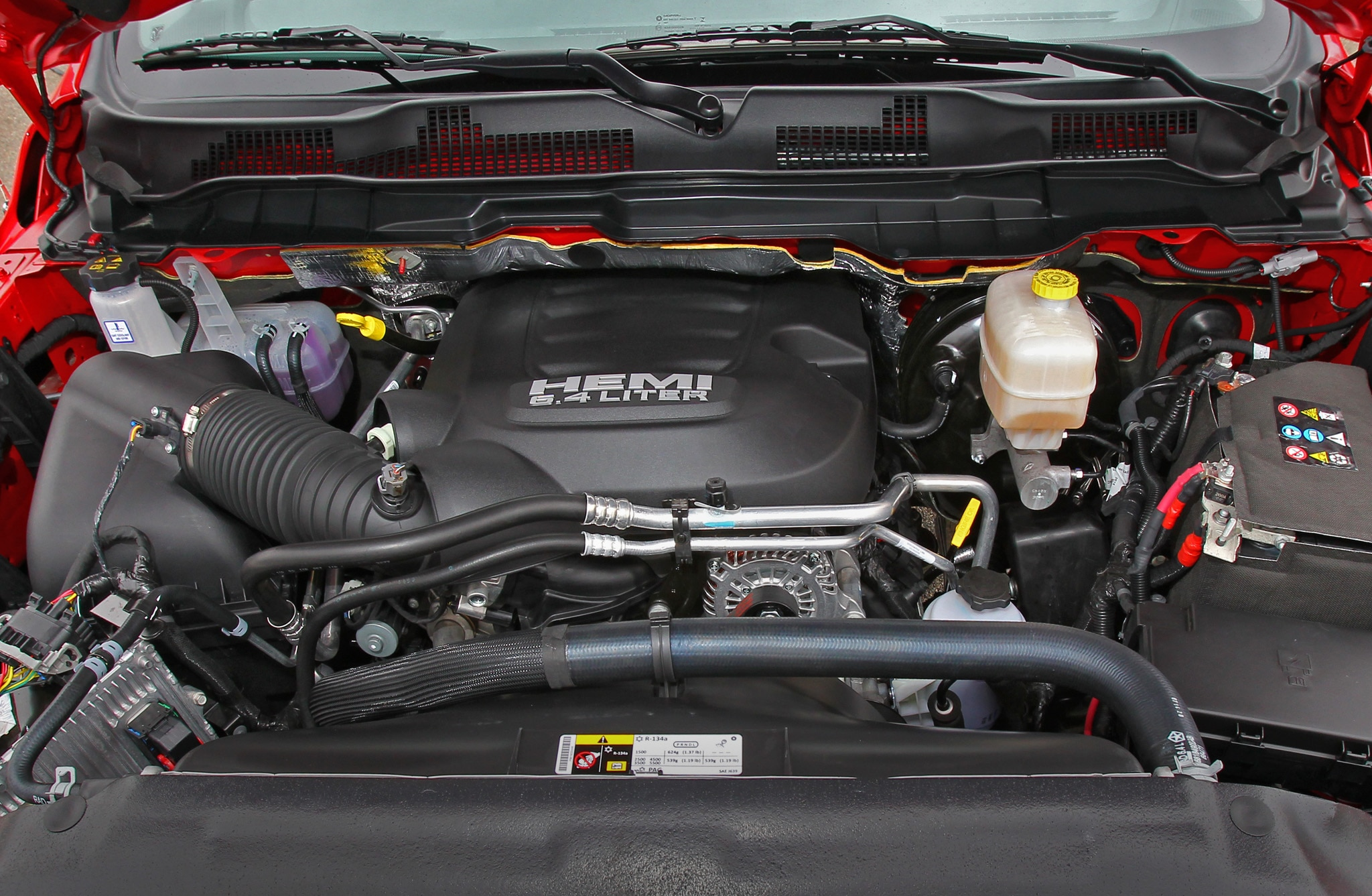 2014 Ram 2500 Power Wagon engine