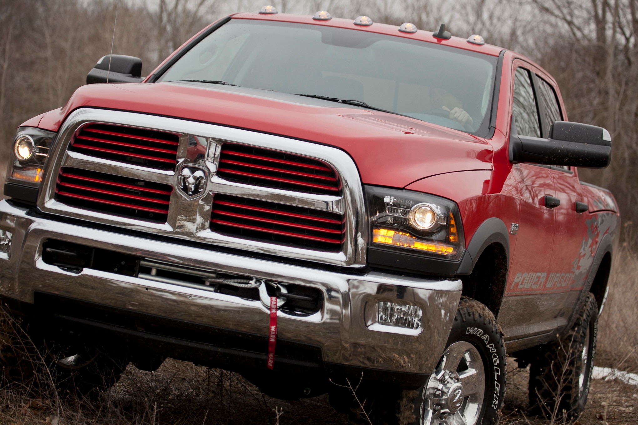 2014 Ram 2500 Power Wagon front end grille