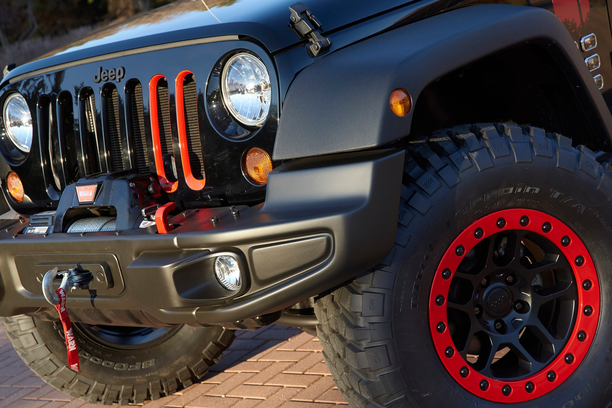 Jeep Wrangler Level Red Concept front wheels